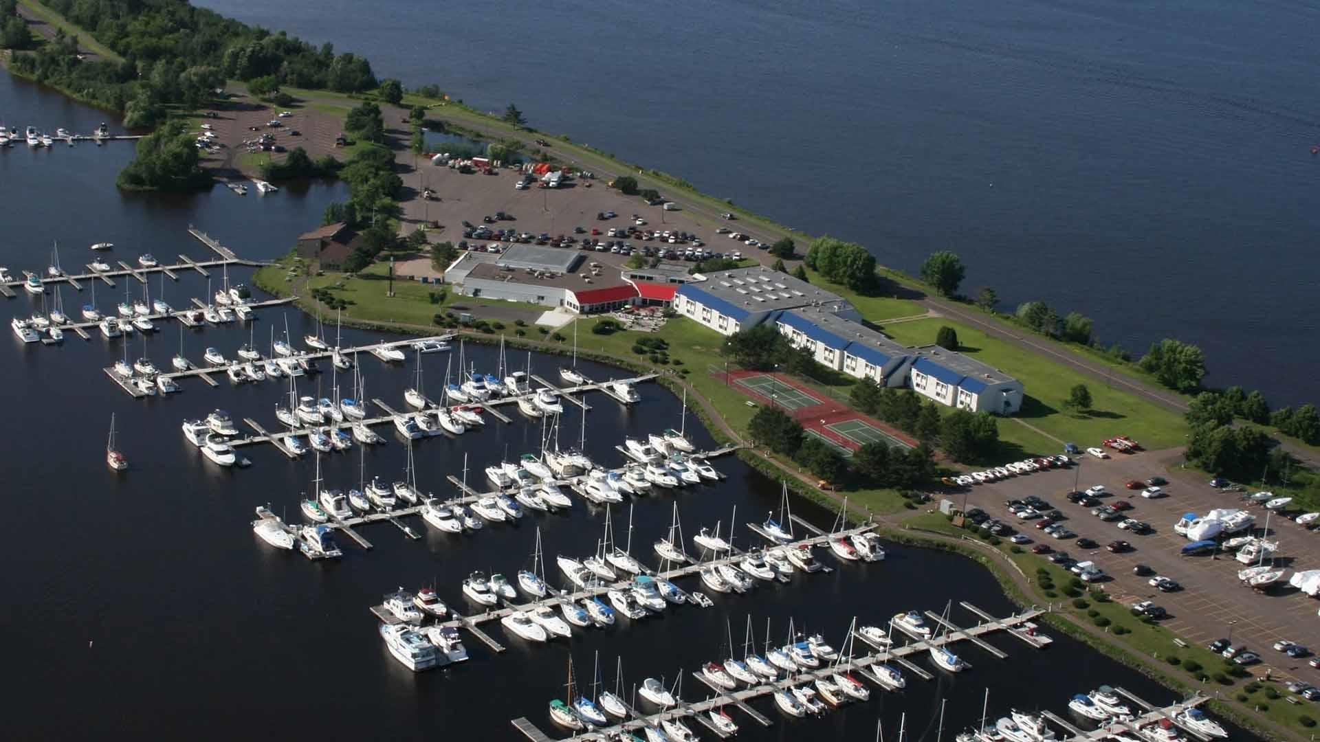 Barkers Island Inn Resort & Conference Center image 0