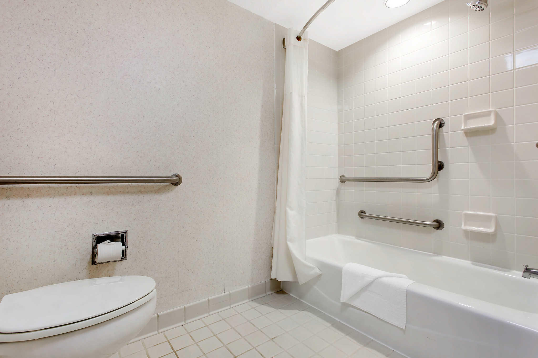 Quality Inn Mount Airy Mayberry image 9