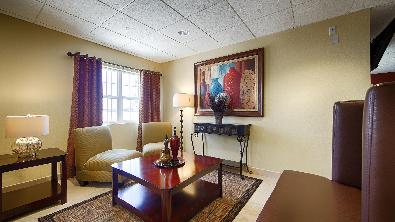 Best Western California City Inn & Suites image 2