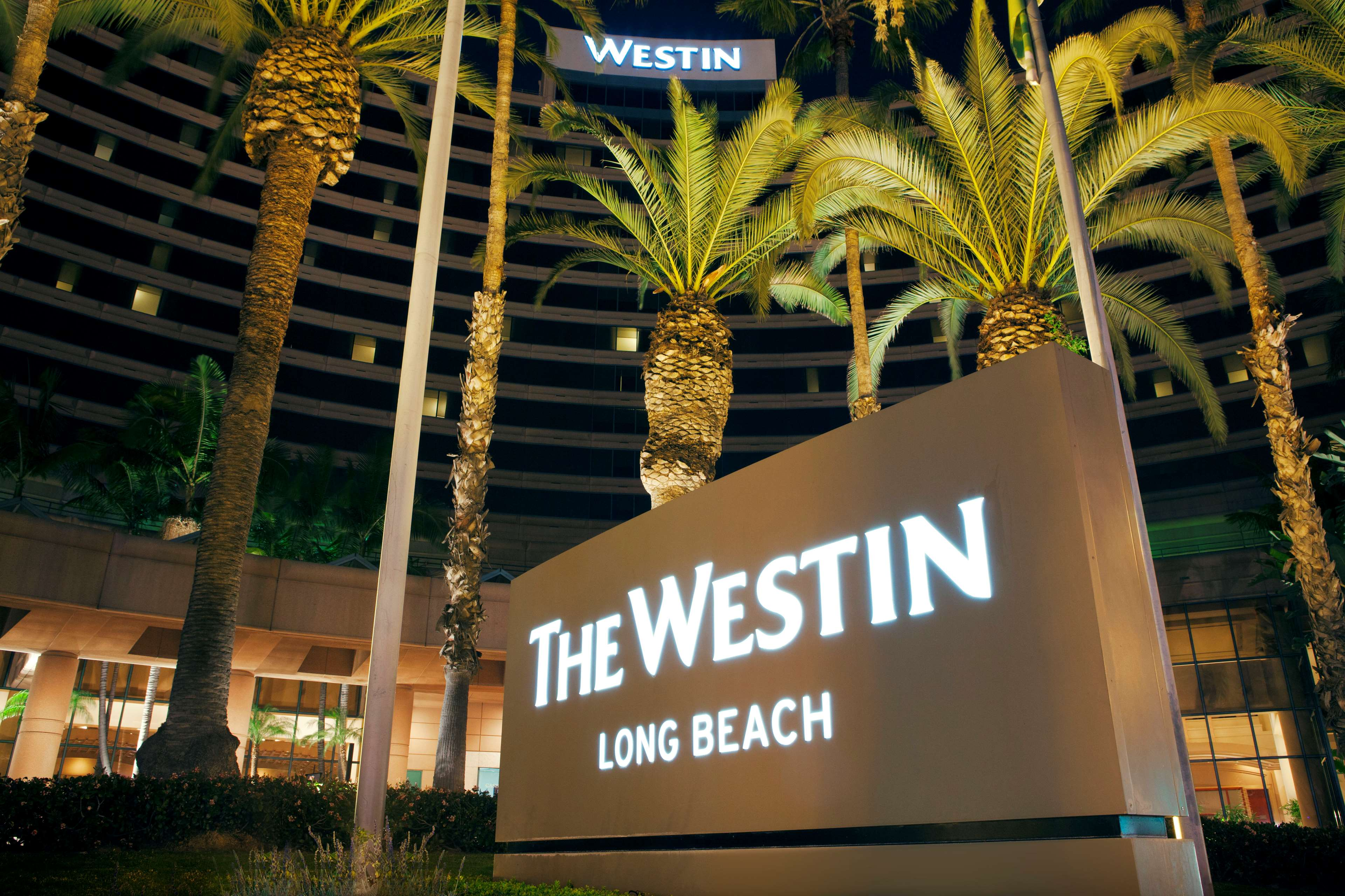the westin long beach at 333 east ocean boulevard long. Black Bedroom Furniture Sets. Home Design Ideas