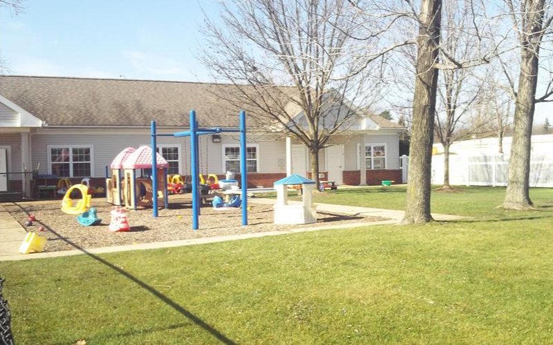 Hudson Darrow Road KinderCare image 13