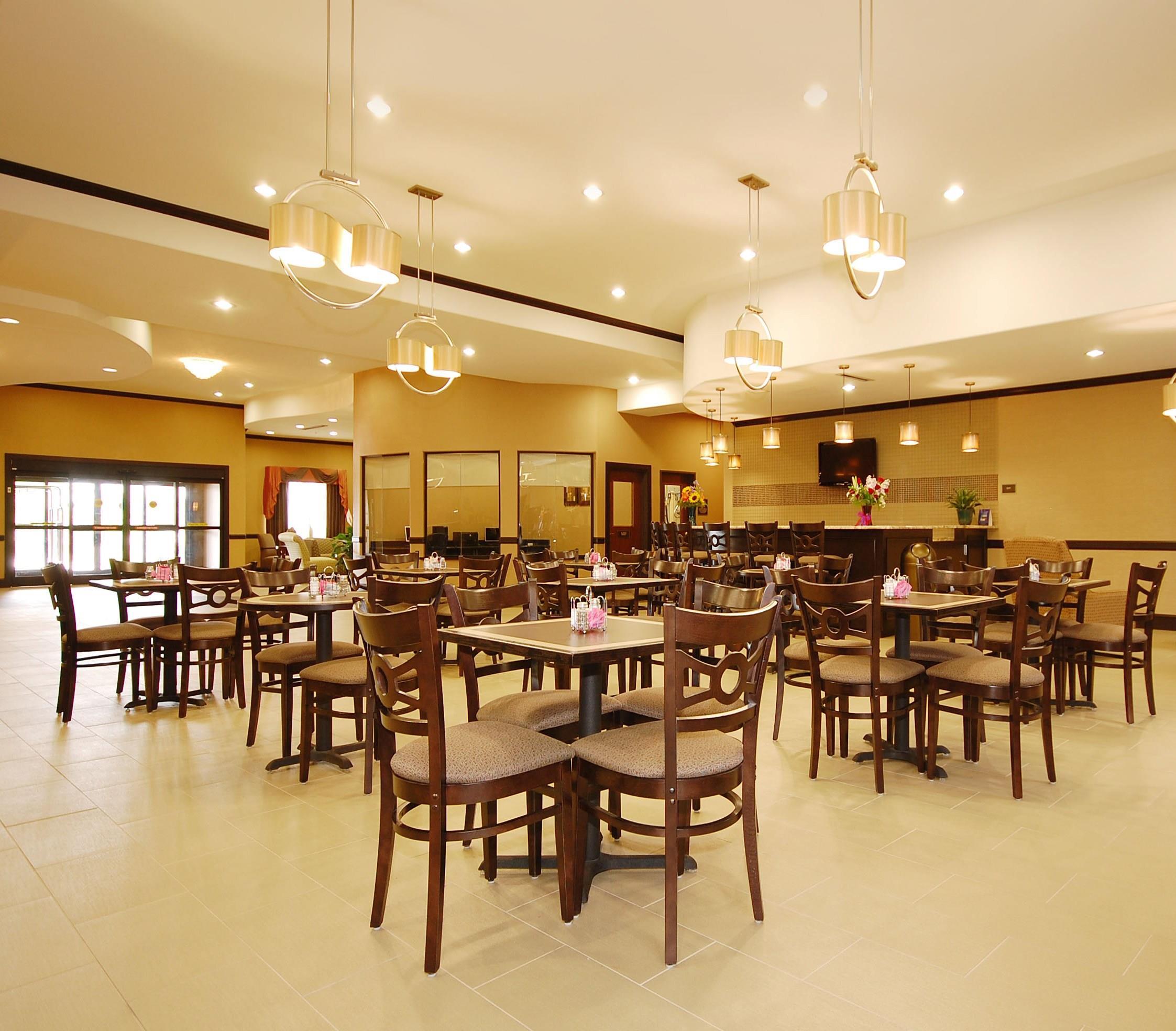 Best Western Plus Texoma Hotel & Suites image 35