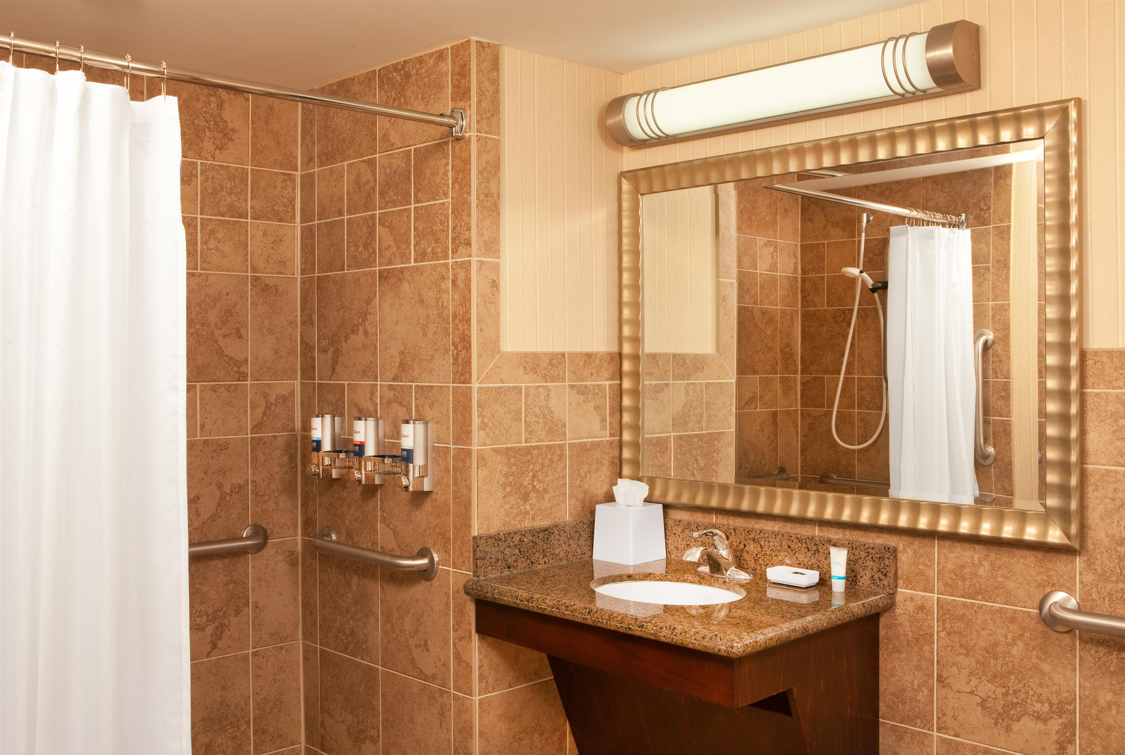 Four Points by Sheraton West Lafayette image 6