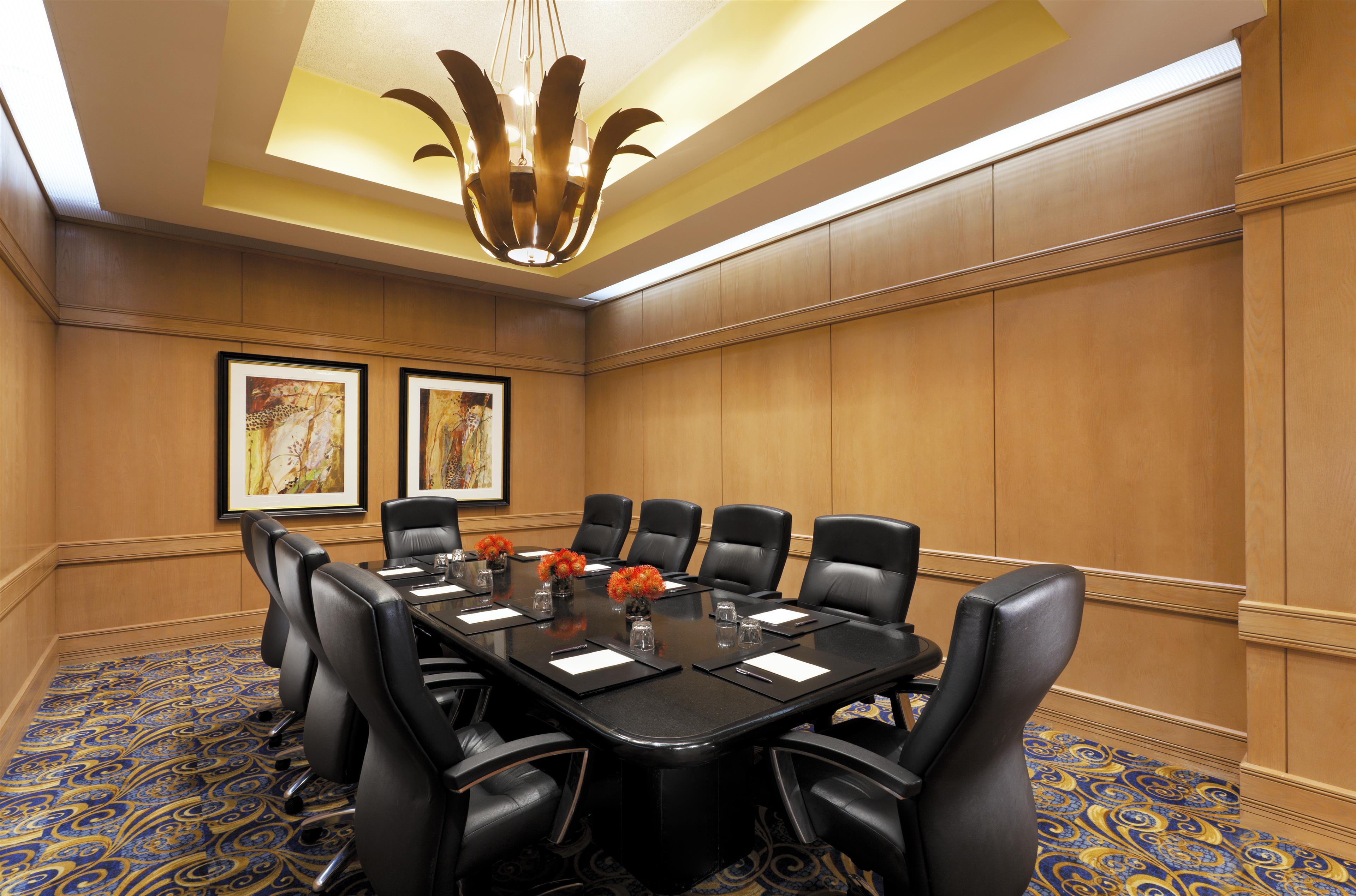 Sheraton Crescent Hotel image 28