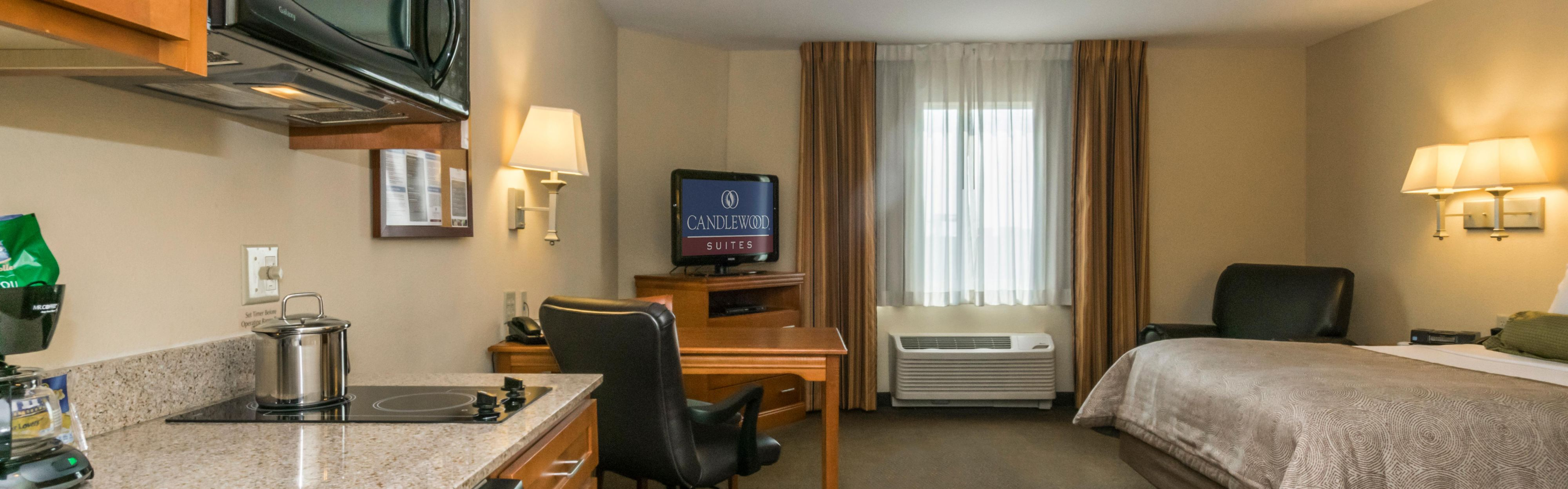 Candlewood Suites Mobile-Downtown image 1