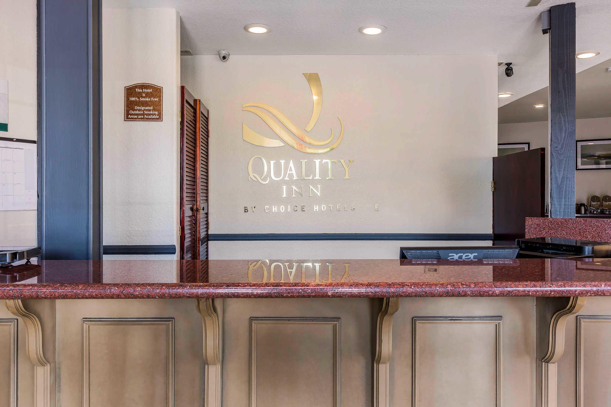 Quality Inn Fallbrook I-15 image 3