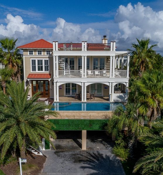 Isle of Palms Vacation Rentals by Exclusive Properties image 62