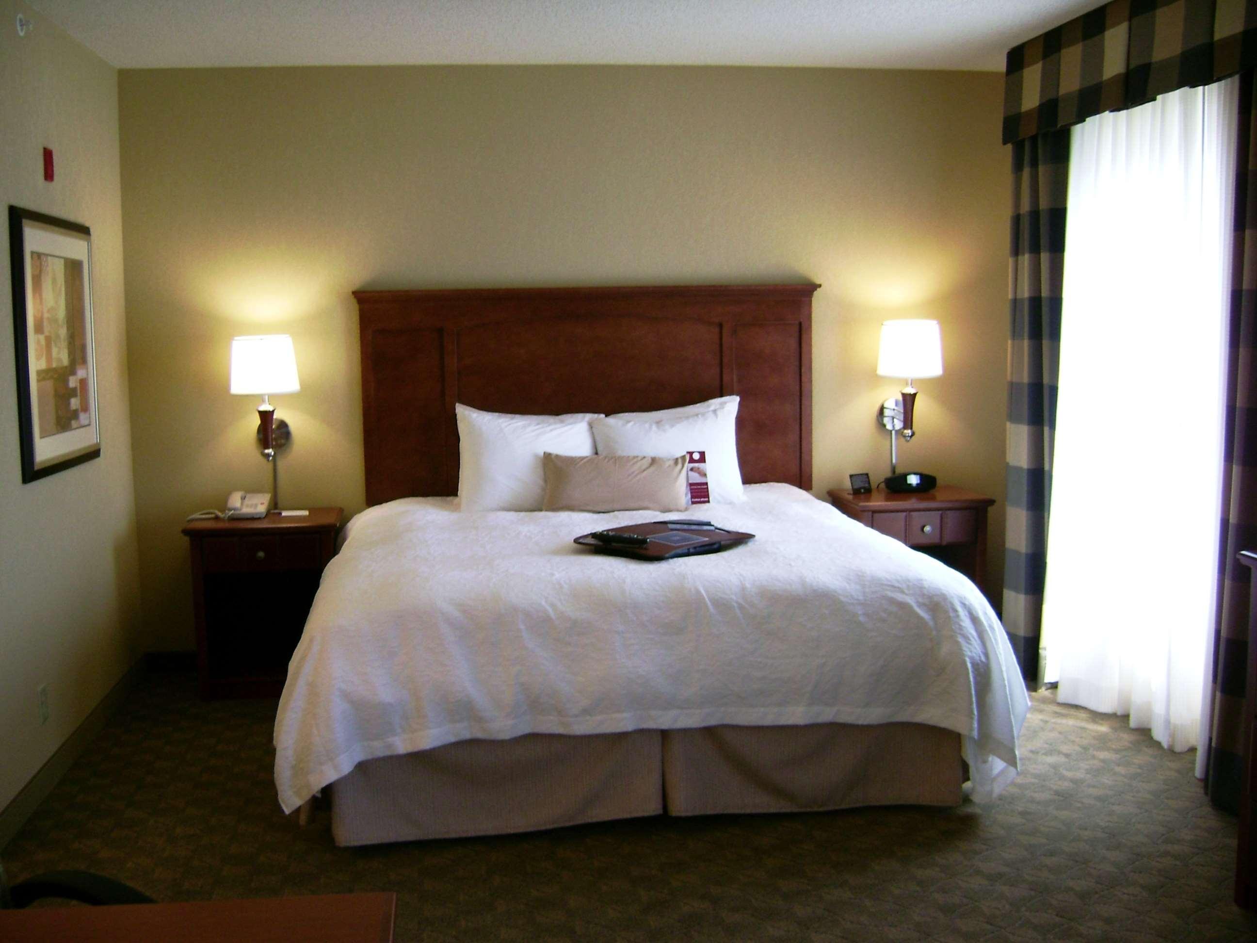 Hampton Inn & Suites Paducah image 20
