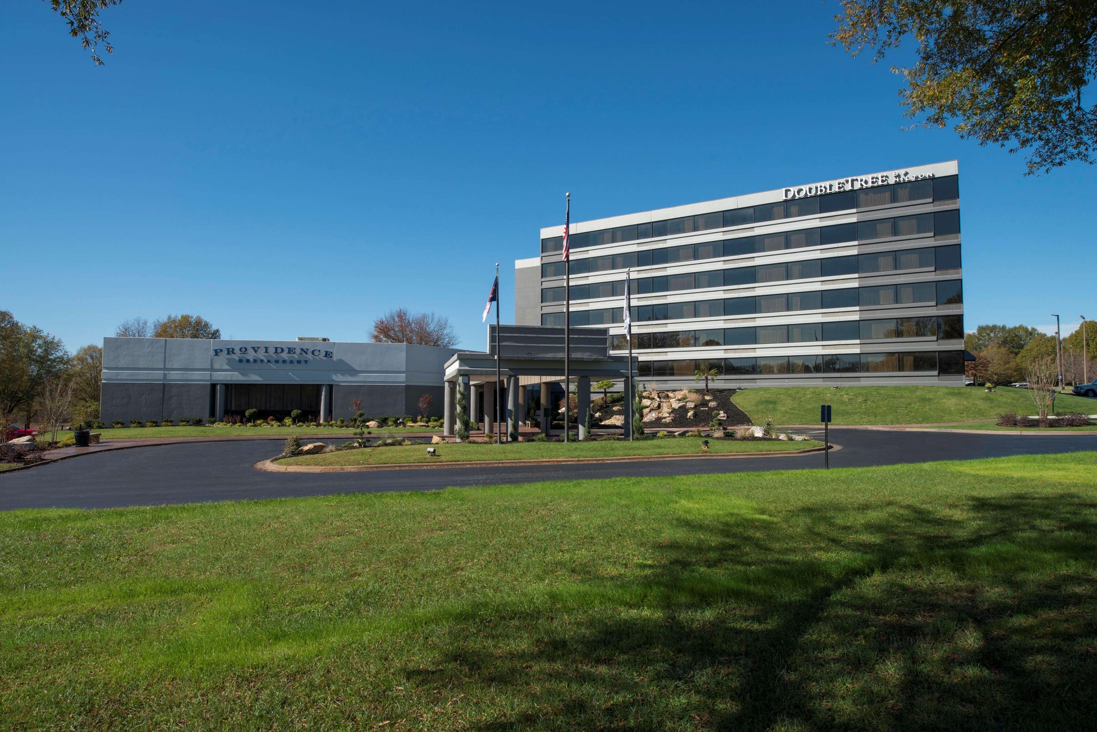 DoubleTree by Hilton Hotel Winston Salem - University image 21