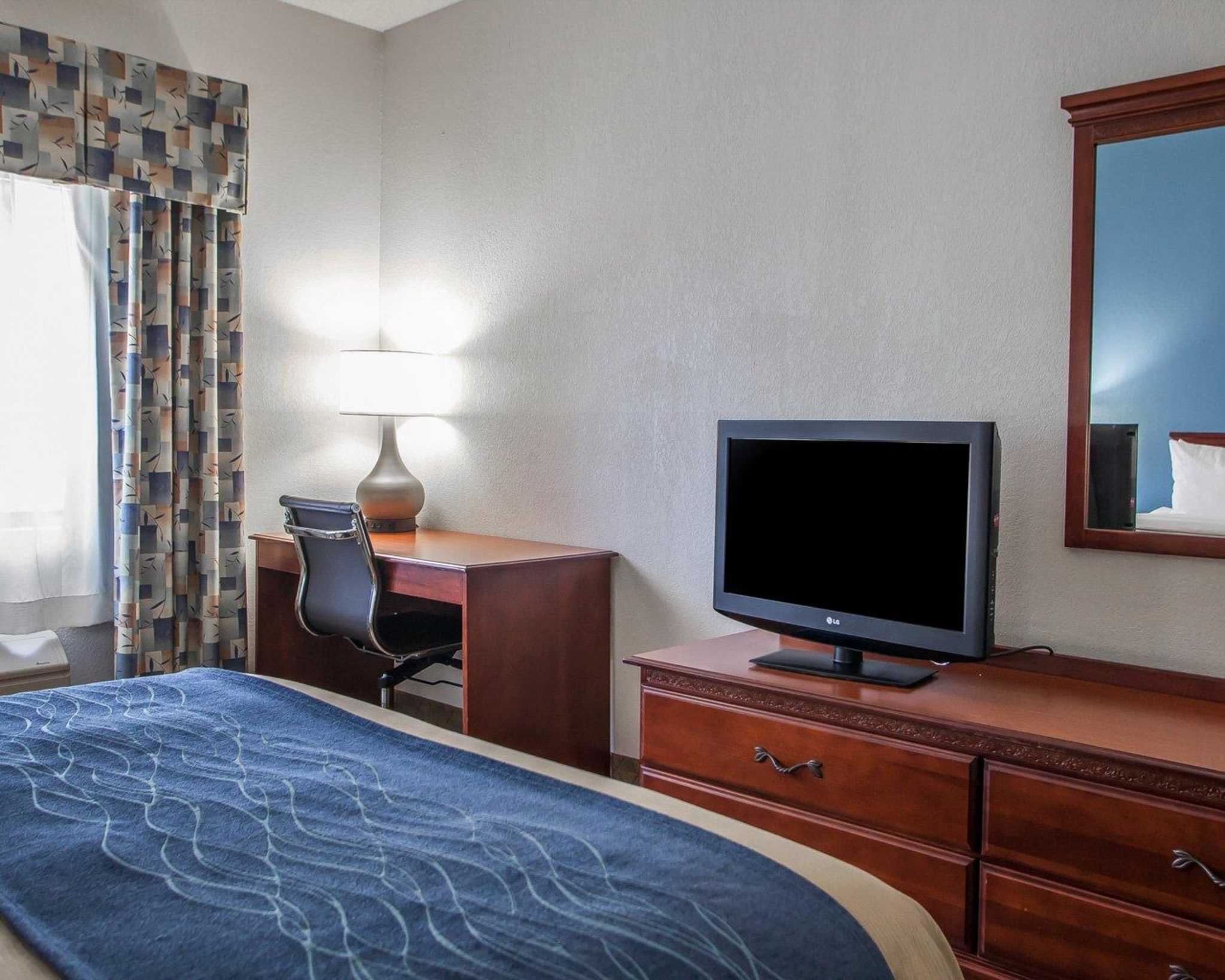 Comfort Inn & Suites Lees Summit -Kansas City image 6