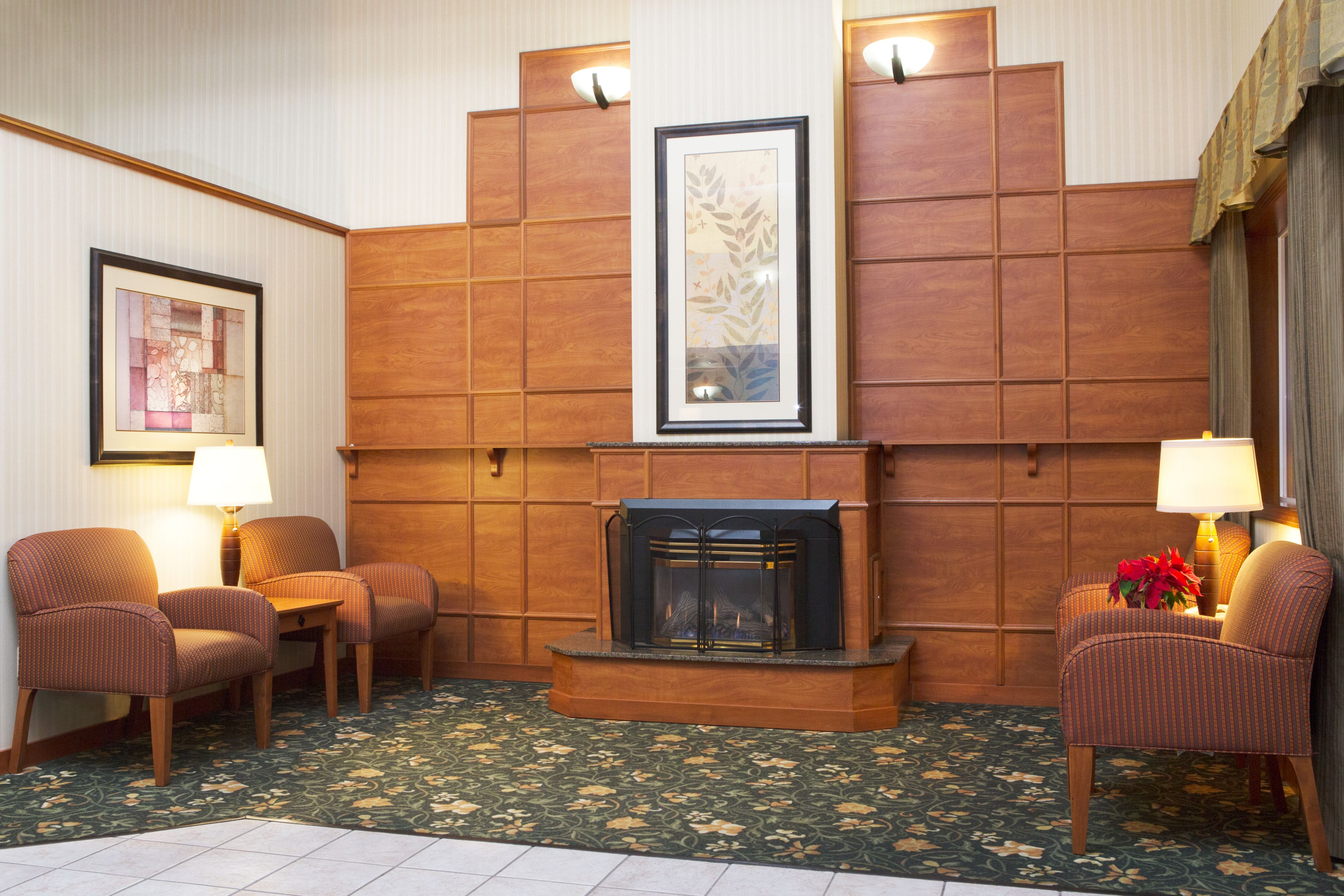 Holiday Inn Express & Suites Burlington image 5