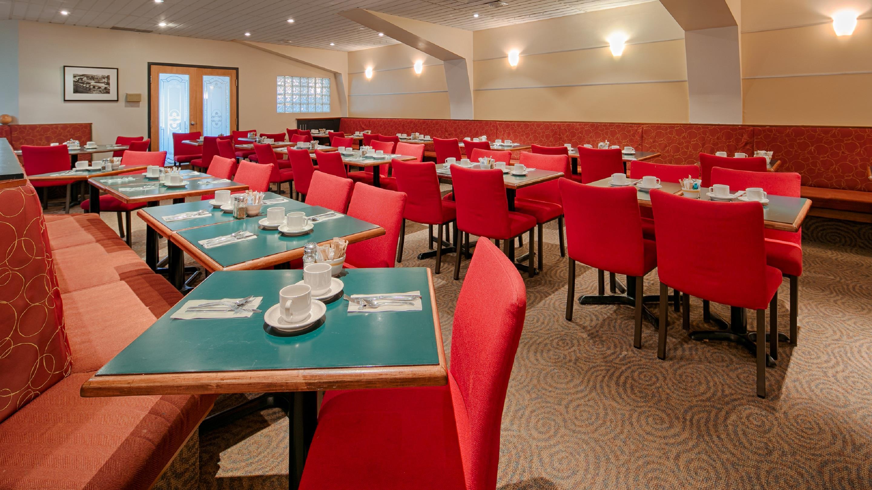 Best Western Plus Hotel Albert Rouyn-Noranda à Rouyn-Noranda: Le Café Albert