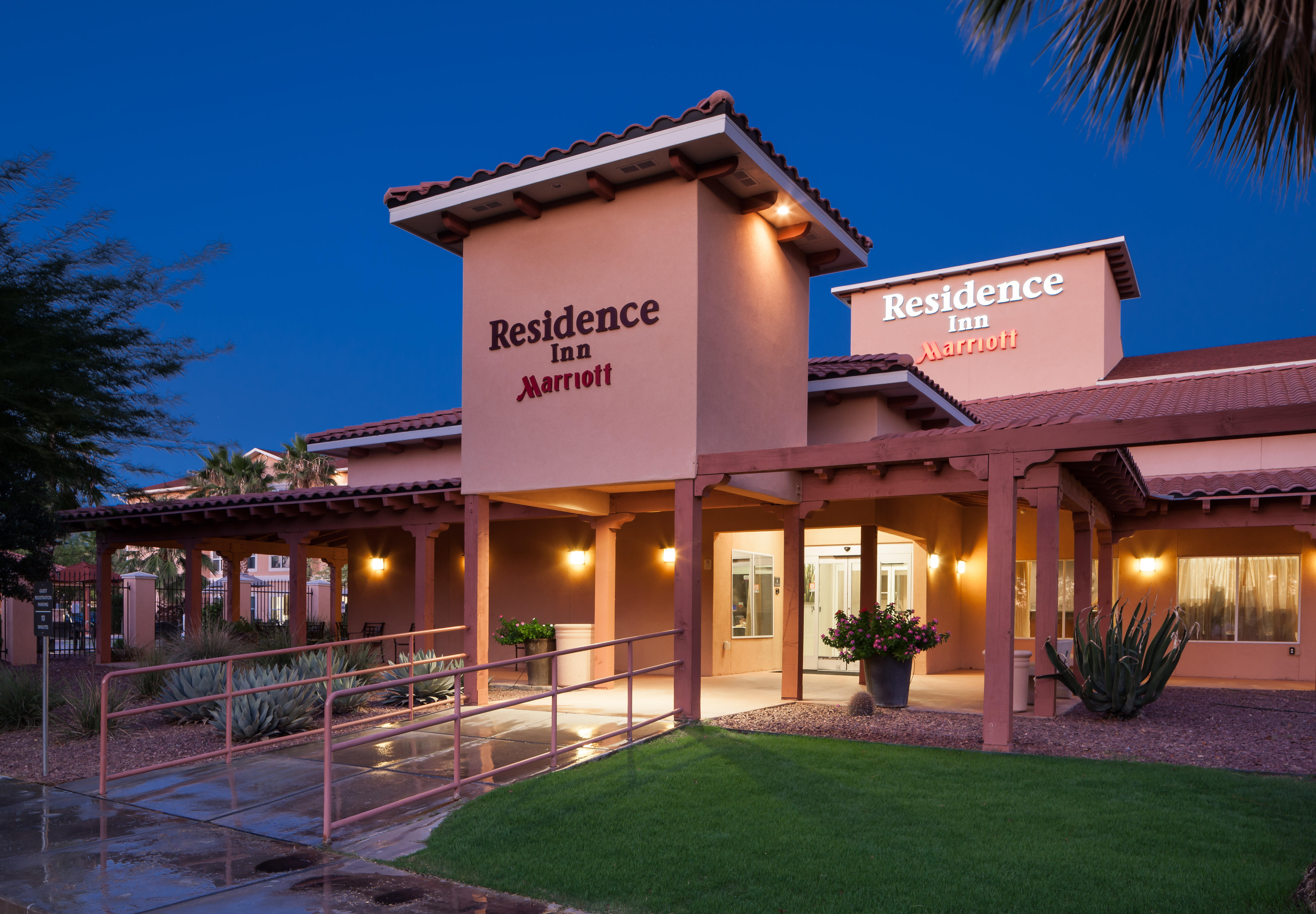 Gallery Of Tucson Hotels With Kitchens