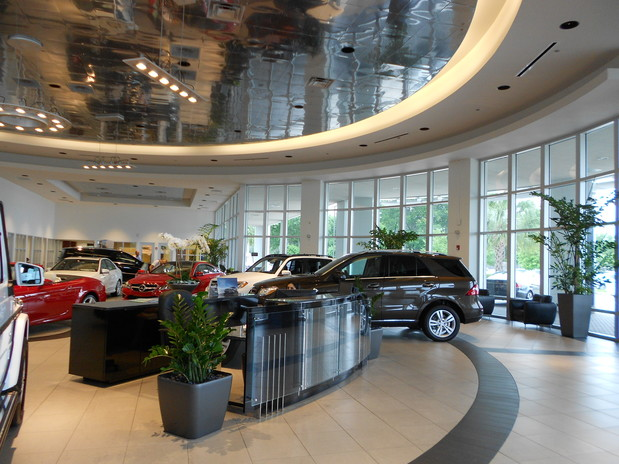 Mercedes benz of clear lake in league city tx 77573 for Mercedes benz of clear lake