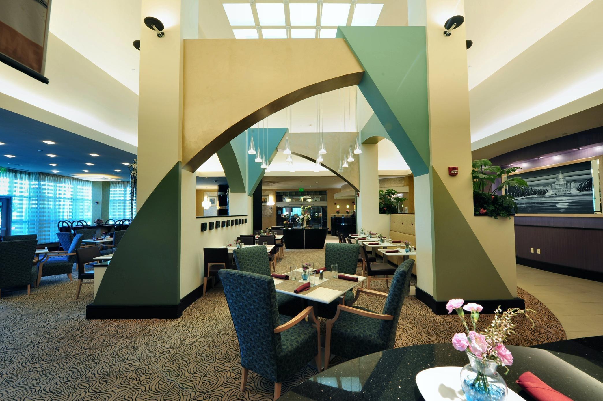 Hilton Garden Inn Rockville-Gaithersburg image 3