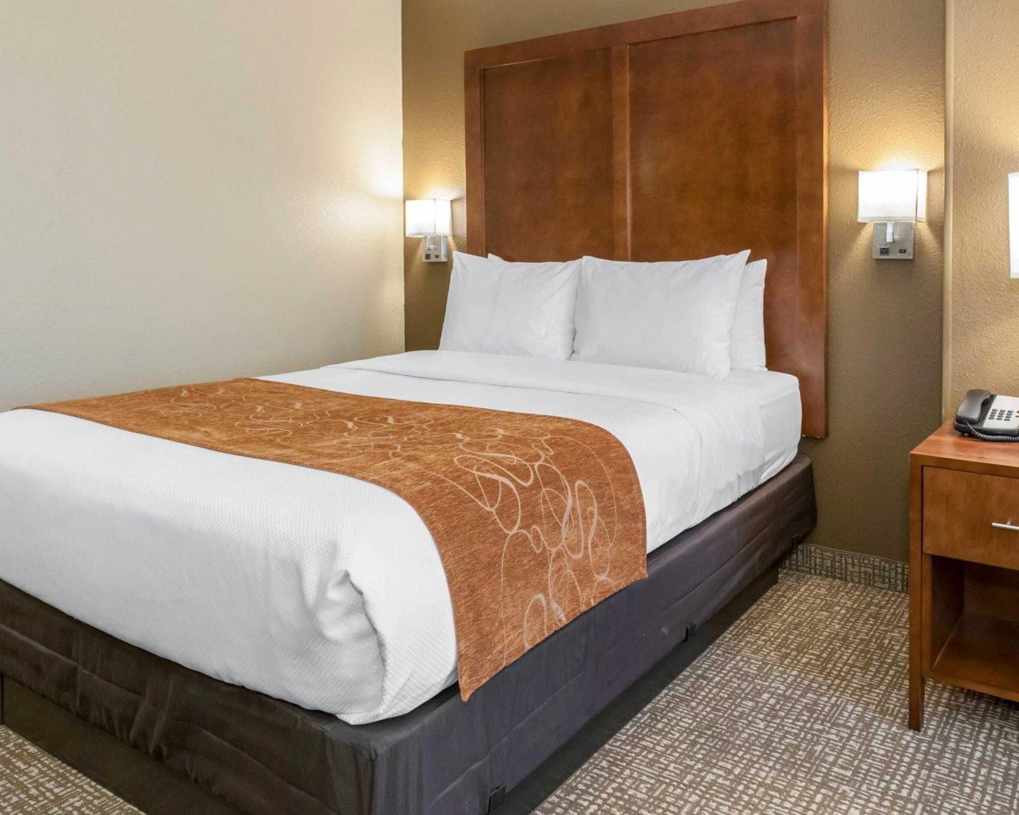 Comfort Suites Terre Haute In Company Profile