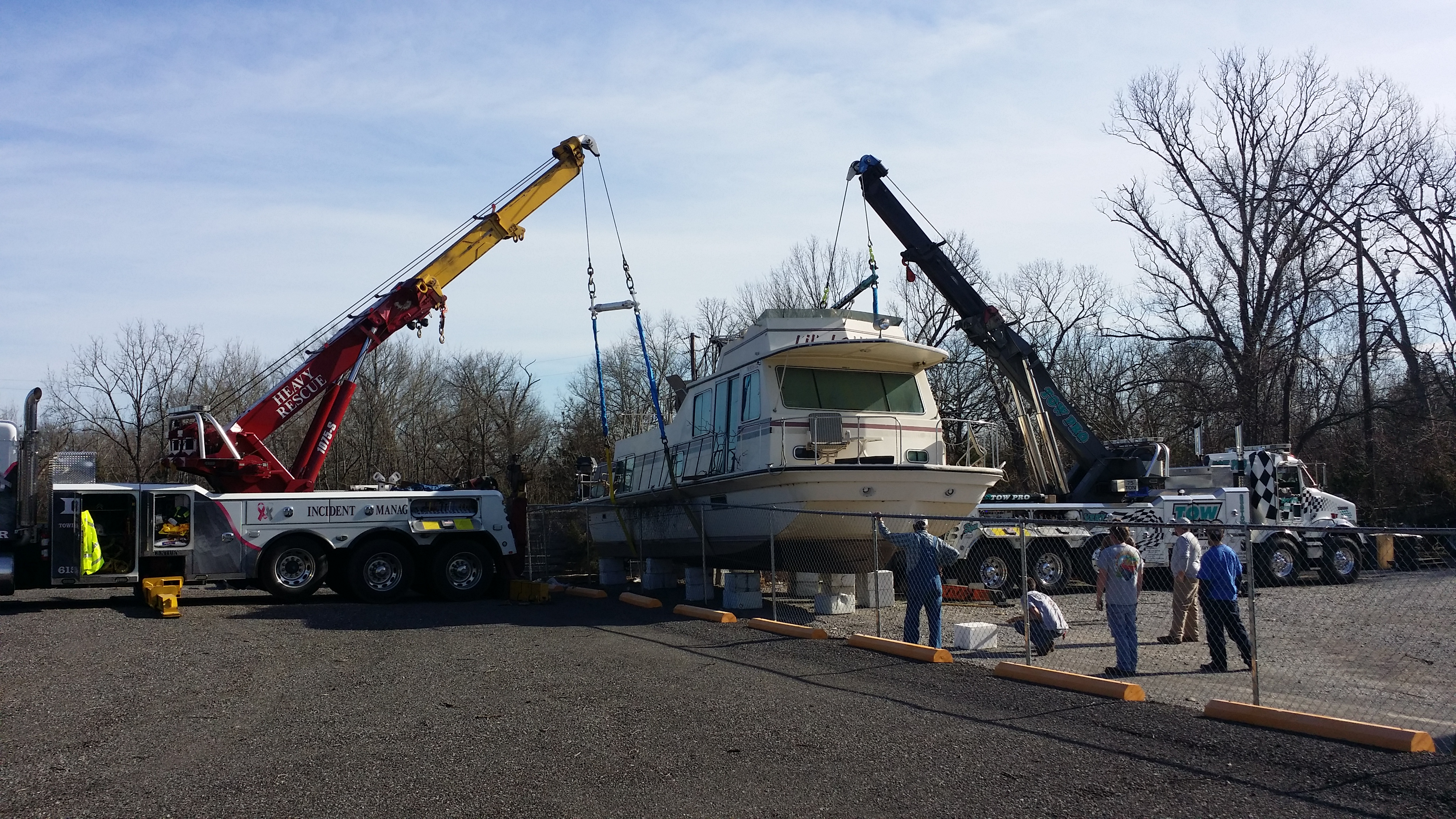 Independent Towing and Recovery LLC image 12