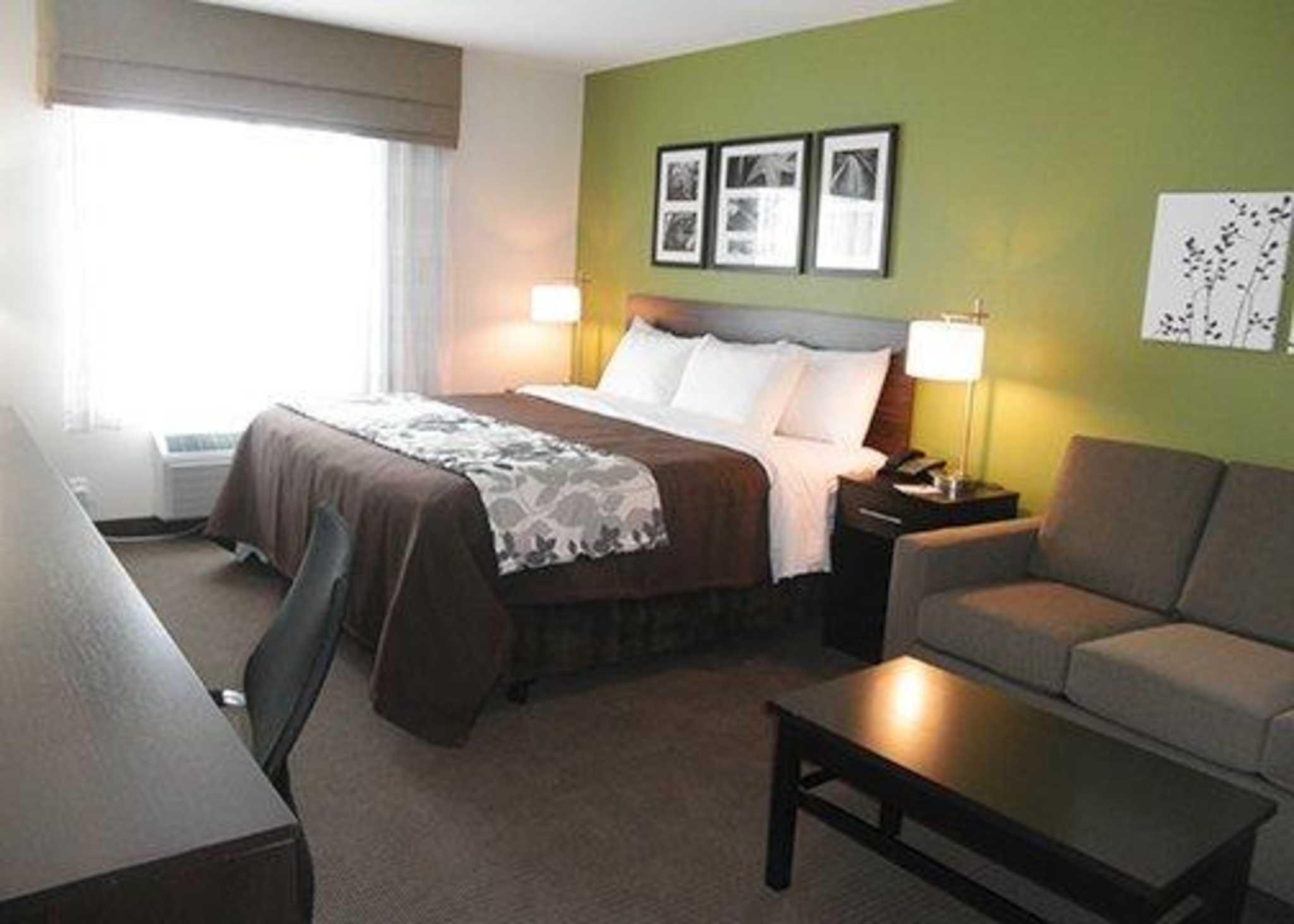 Sleep Inn & Suites Belmont / St. Clairsville image 6