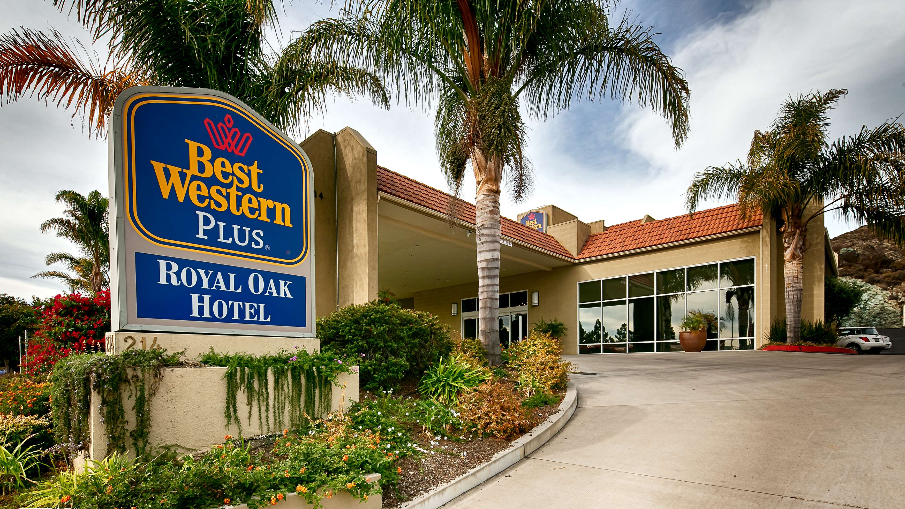 best western plus royal oak hotel san luis obispo ca company profile. Black Bedroom Furniture Sets. Home Design Ideas