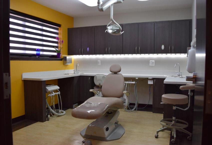 Advanced Periodontics & Implantology image 12