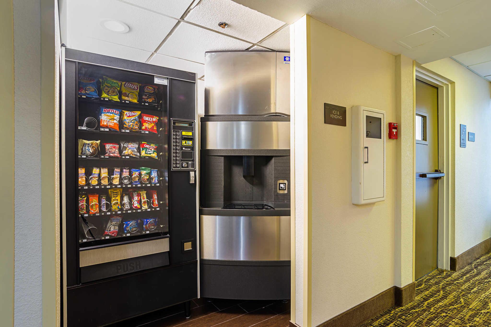 Comfort Inn & Suites Duke University-Downtown image 34