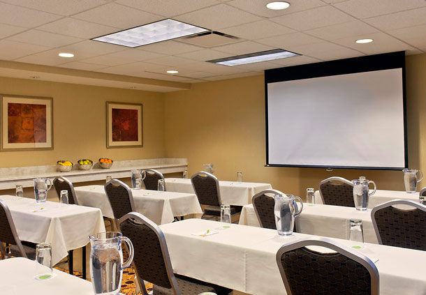 Courtyard by Marriott Albany Thruway image 21