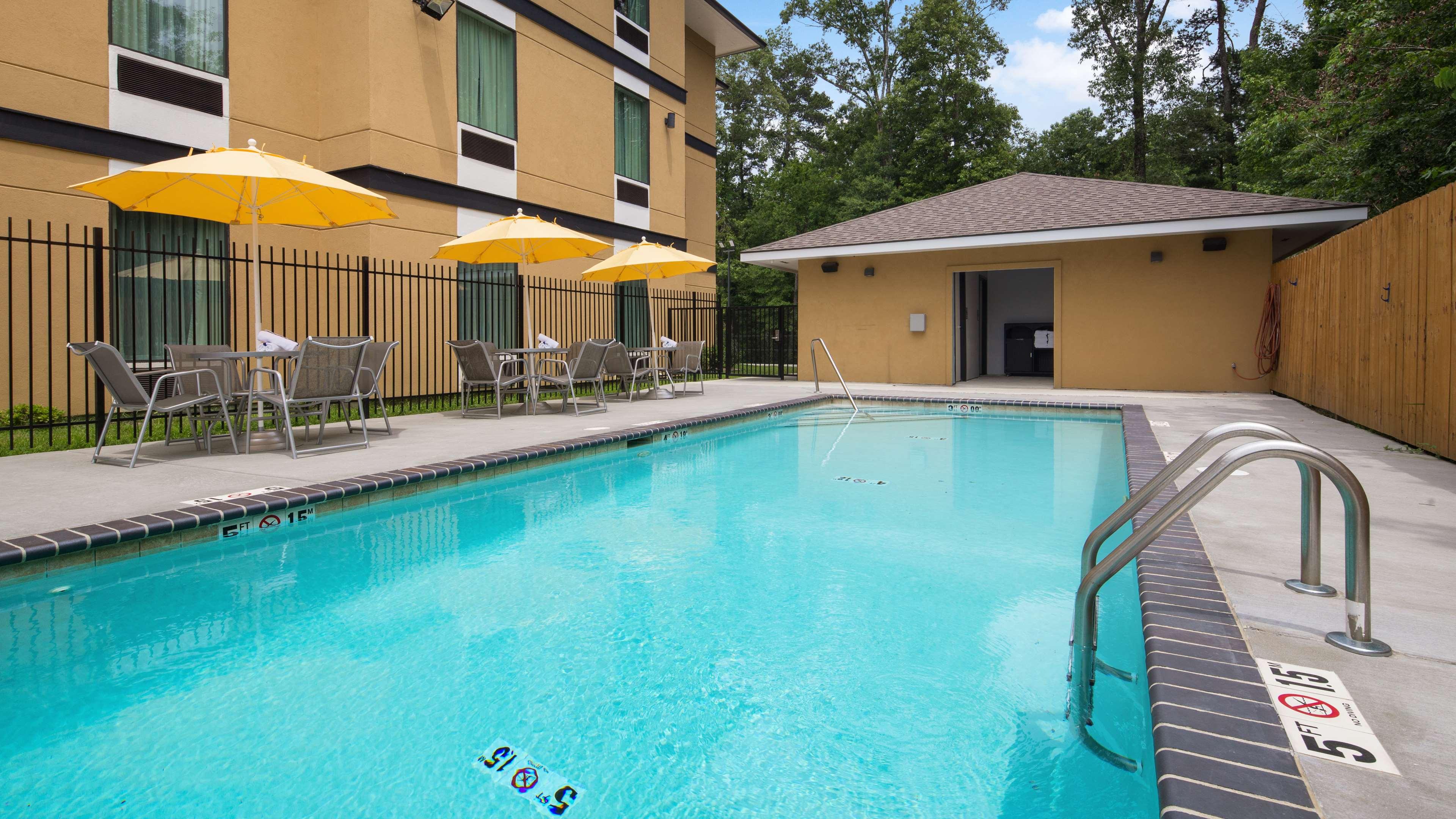 Best Western Plus Regency Park Hotel image 22