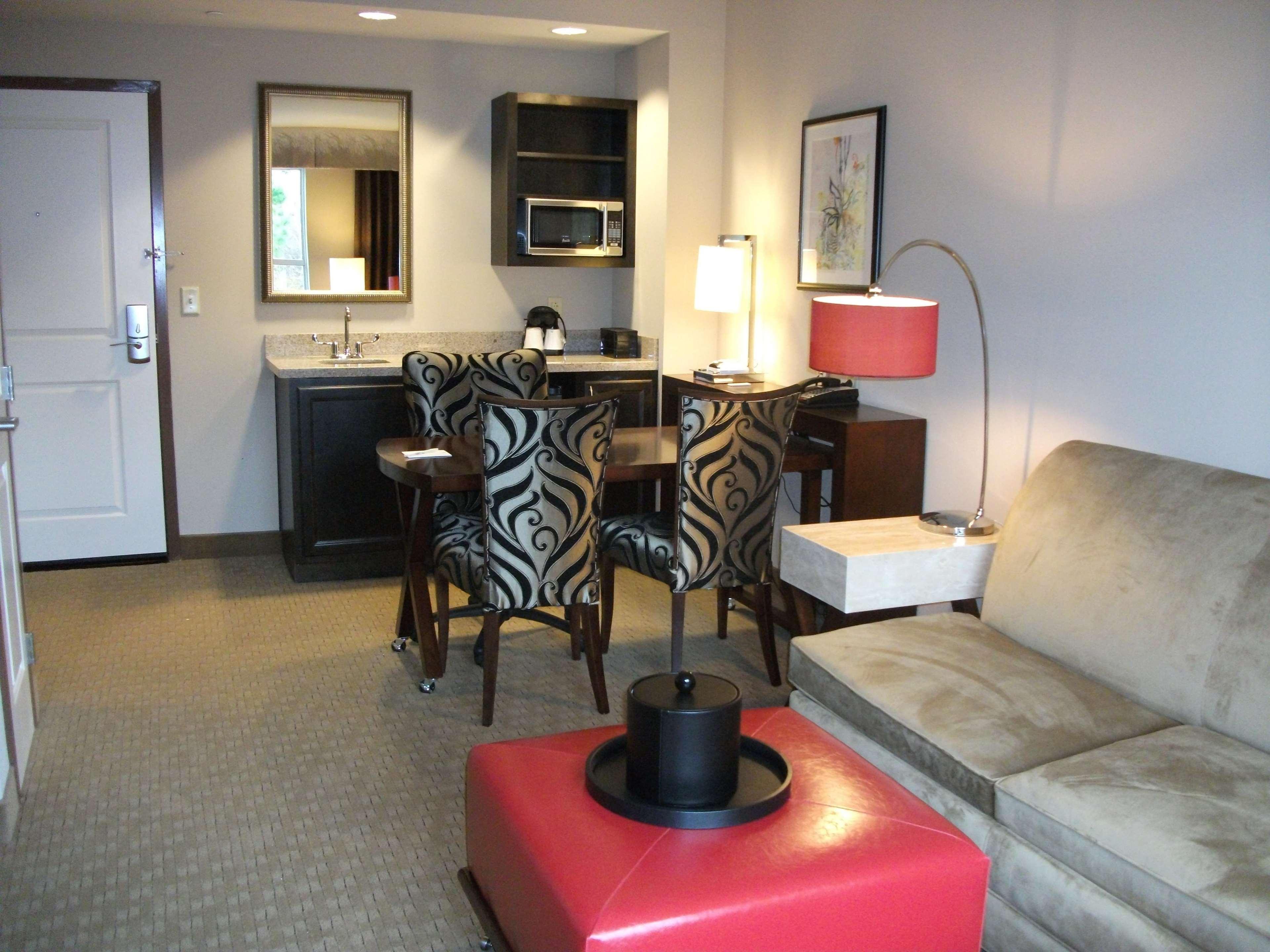 Embassy Suites by Hilton Birmingham Hoover image 33