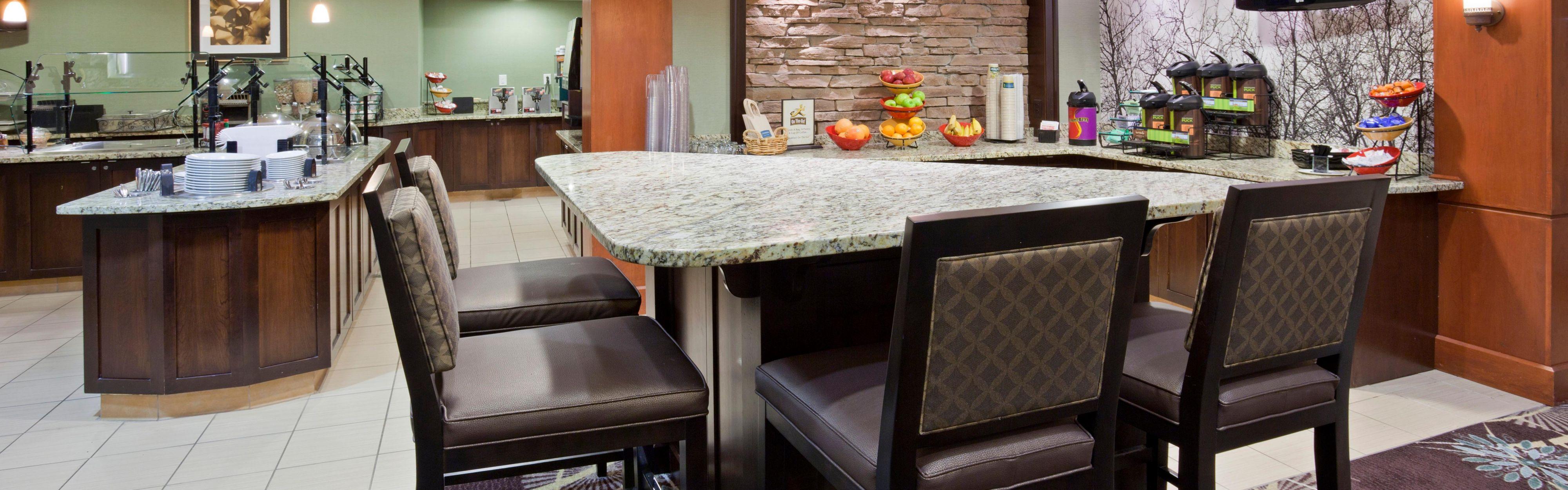 Staybridge Suites Minneapolis-Bloomington image 3