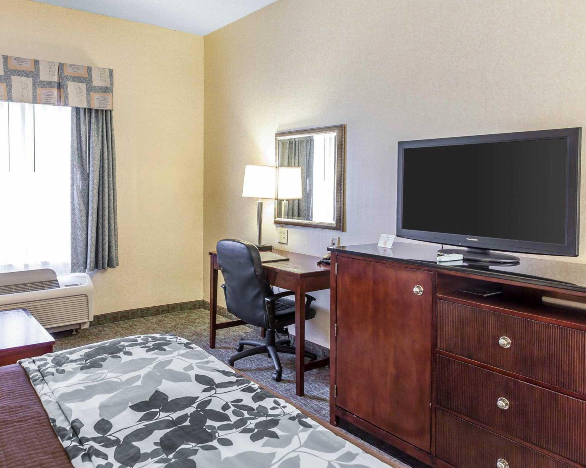 Sleep Inn & Suites Upper Marlboro near Andrews AFB image 27