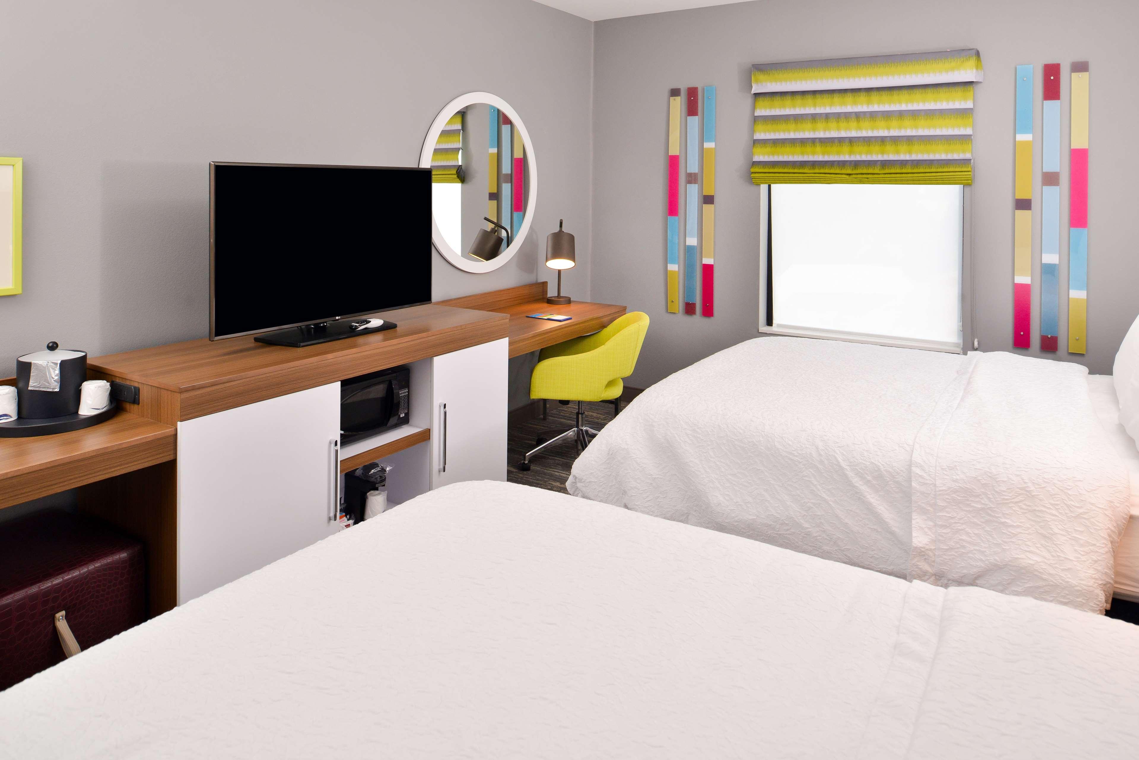 Hampton Inn & Suites St. Paul Oakdale/Woodbury image 30