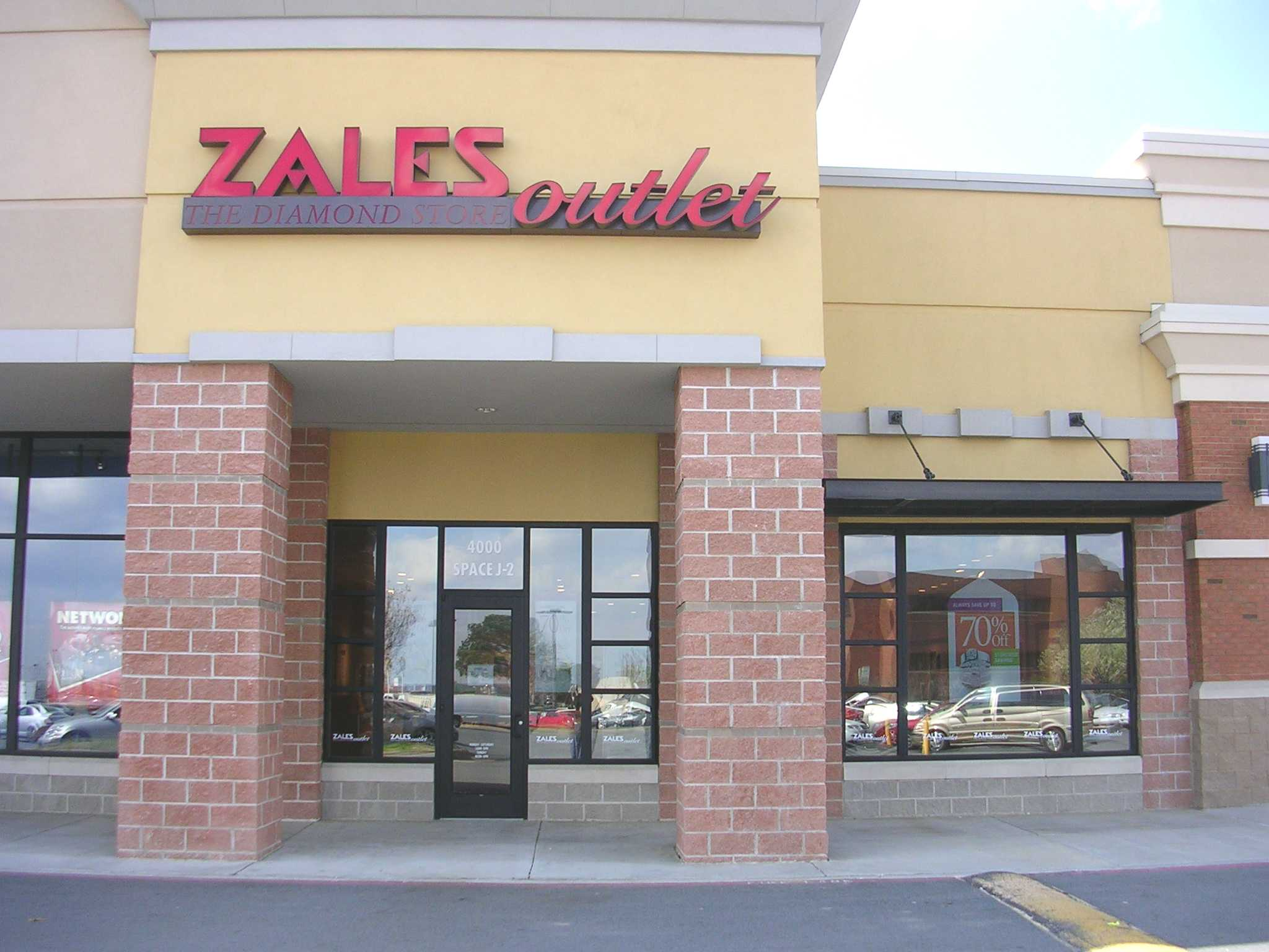 Zales Outlet - Closed image 0