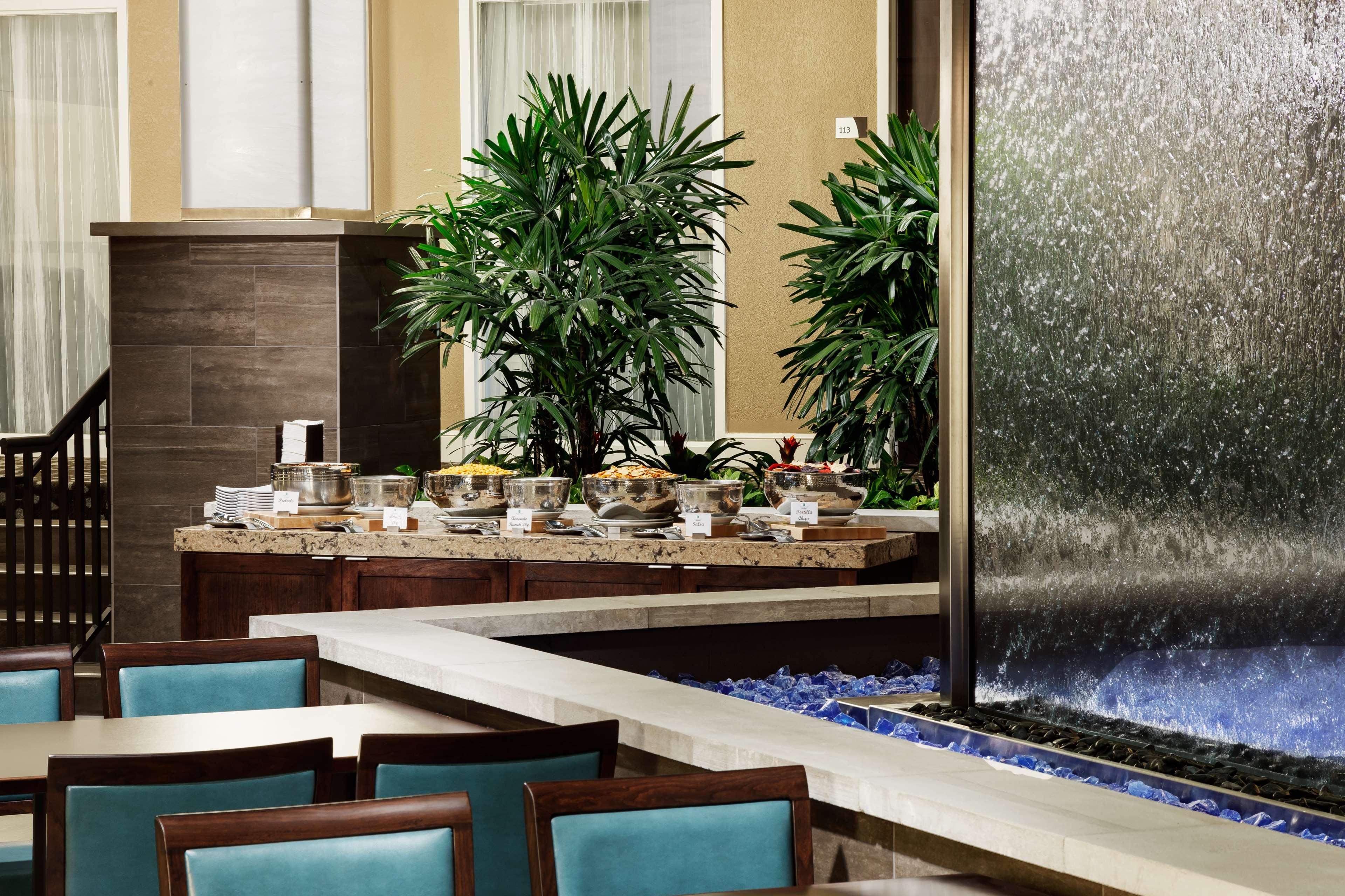 Embassy Suites by Hilton Orlando Lake Buena Vista Resort image 13