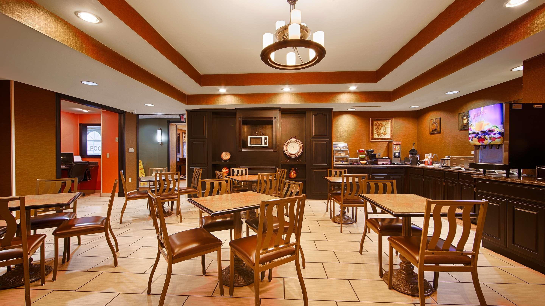 Best Western Plus Searcy Inn image 23