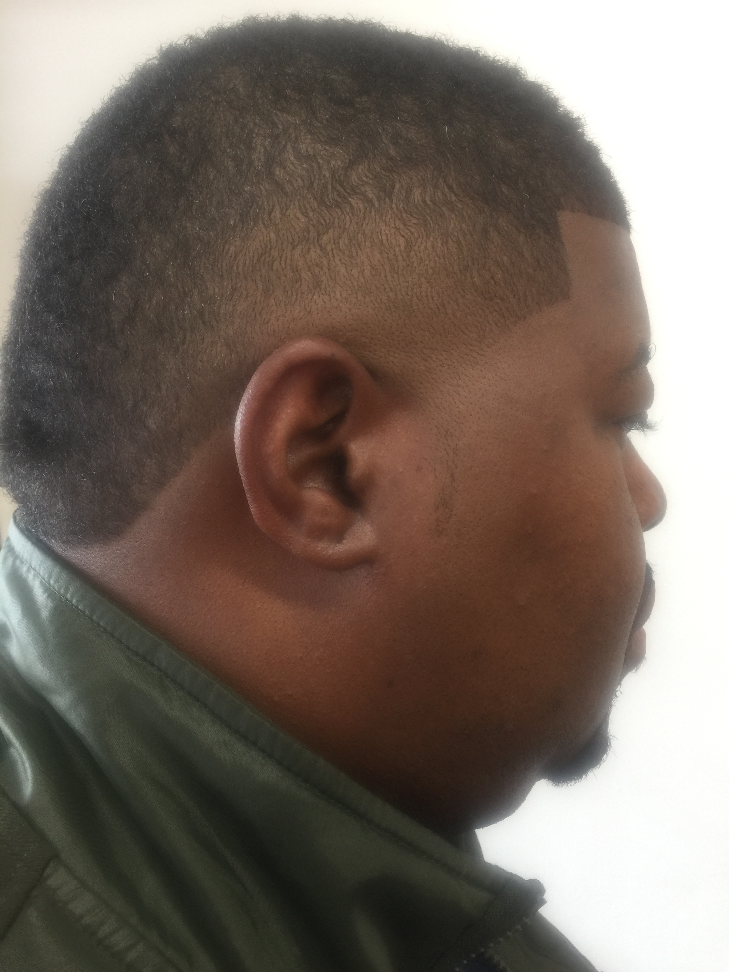 Haircuts and Razorlines image 28