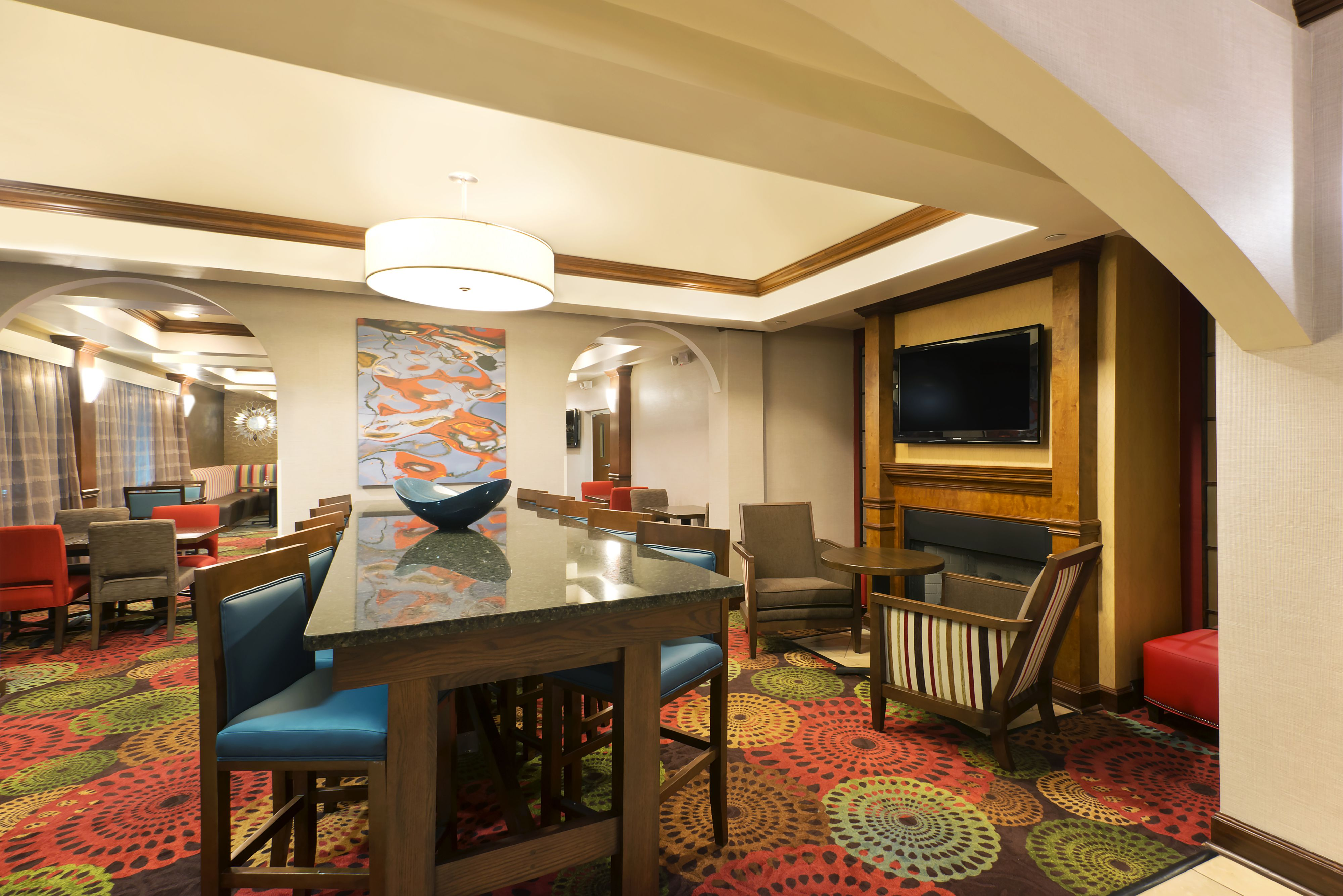 Holiday Inn Express & Suites Little Rock-West image 4