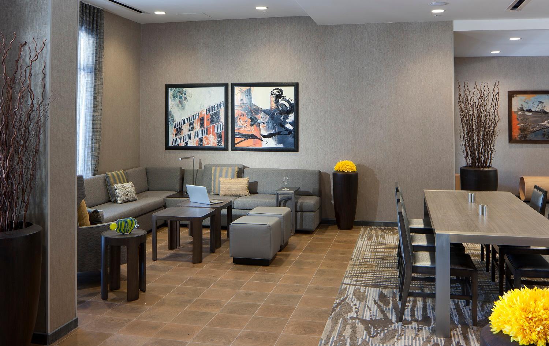 Courtyard by Marriott Palm Beach Jupiter image 22