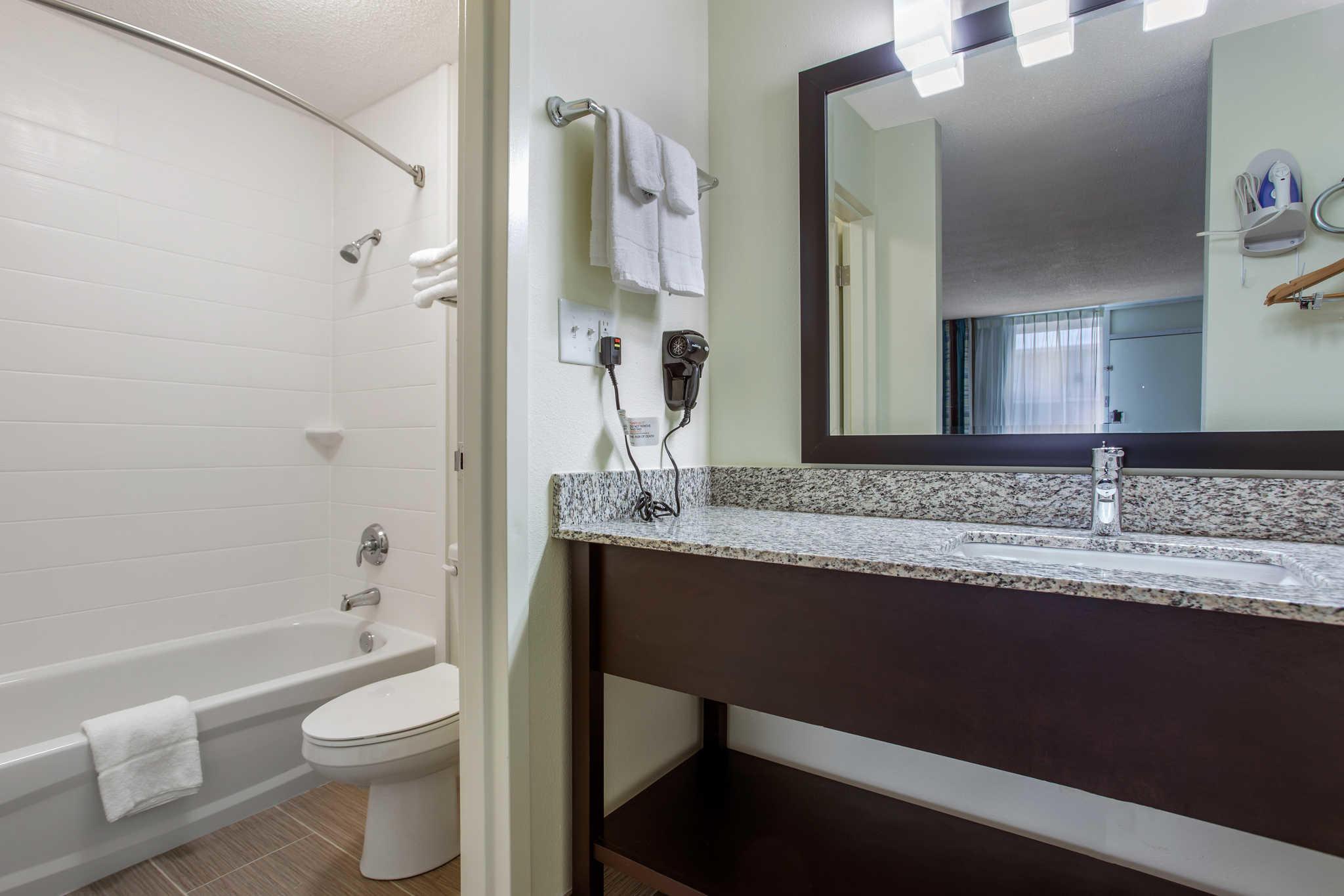 Clarion Inn & Suites image 22