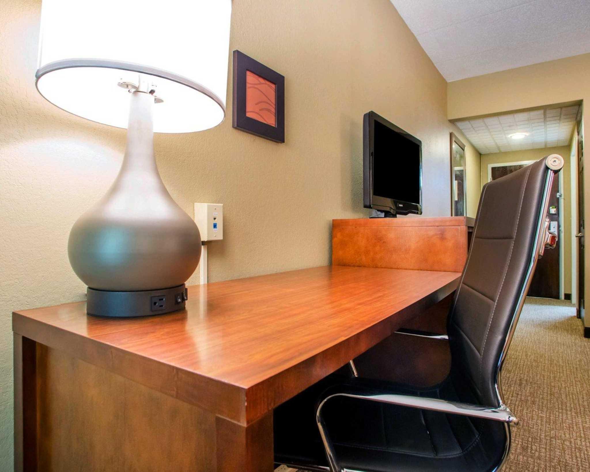 Comfort Inn Dayton - Huber Heights image 6