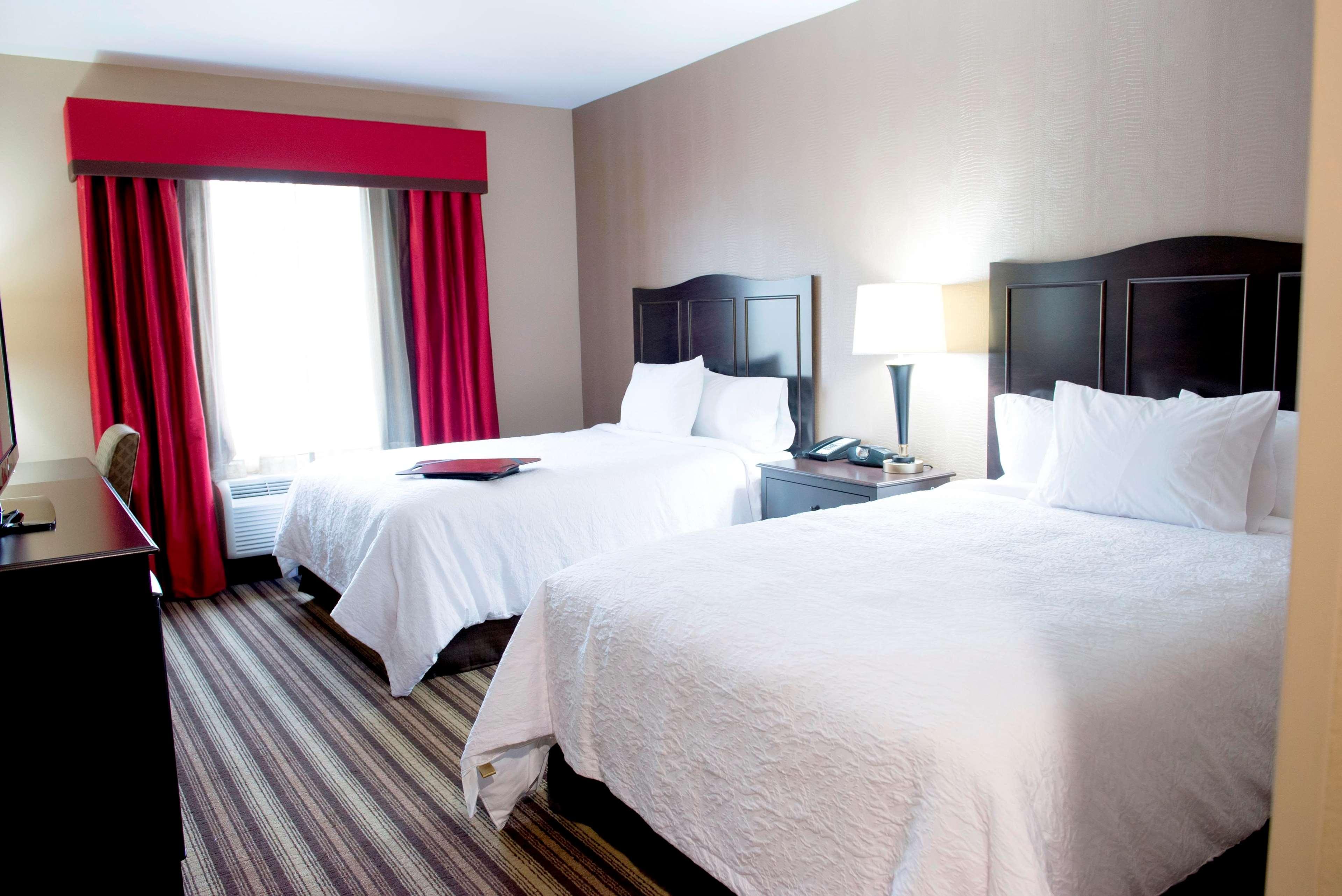 Hampton Inn & Suites Hope image 14