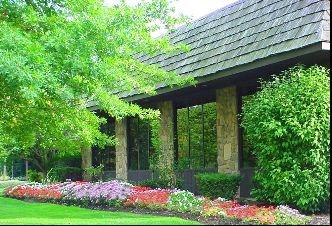 Medford Village Country Club image 4