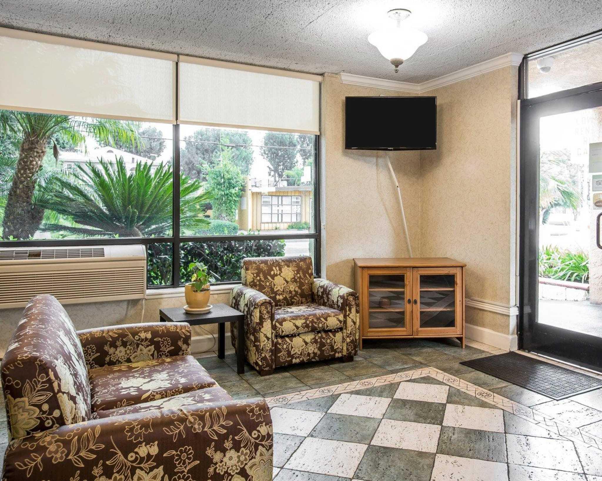 Rodeway Inn Near StubHub Center image 16