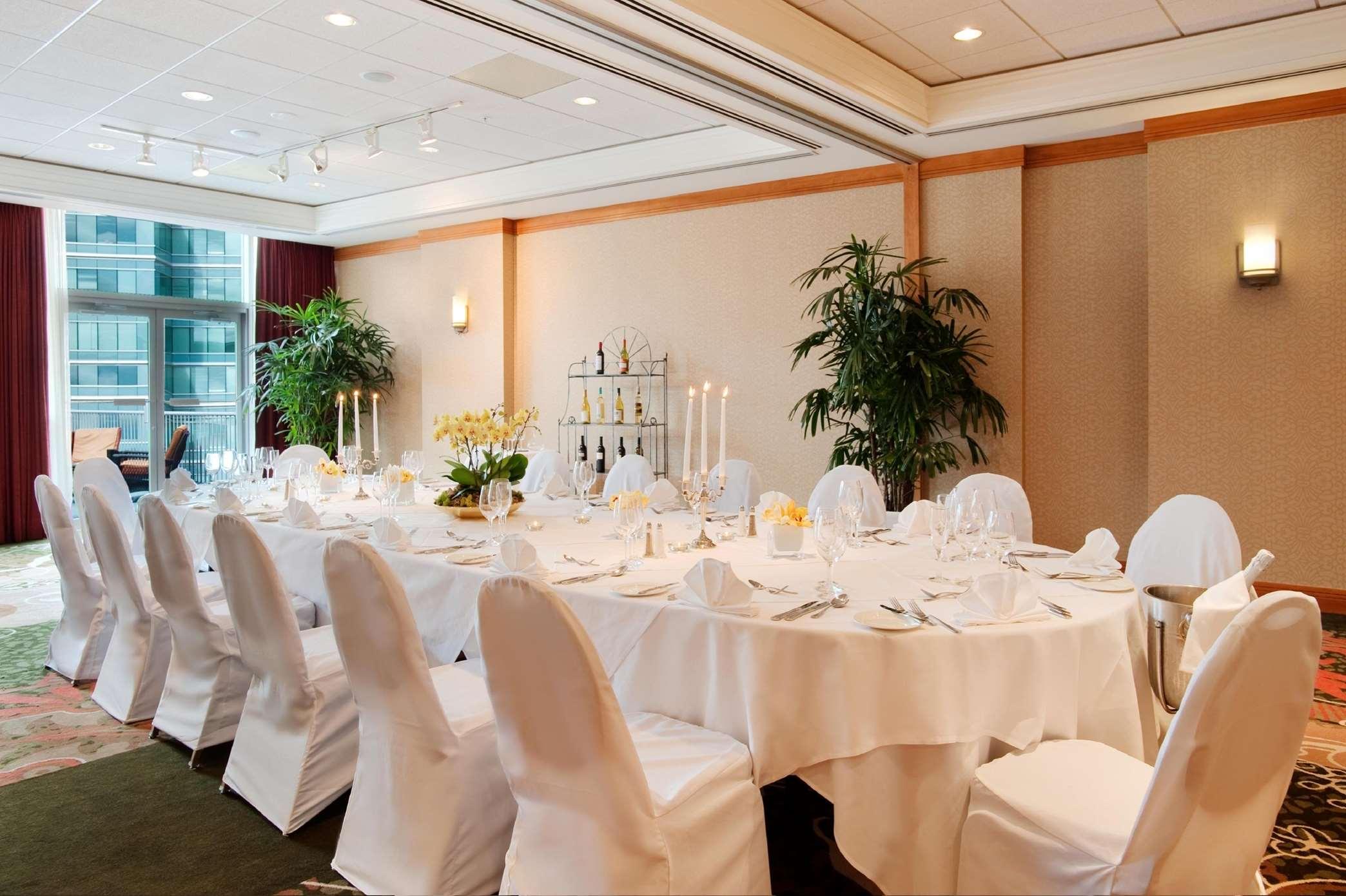 Hilton Vancouver Metrotown in Burnaby: Waterford Room