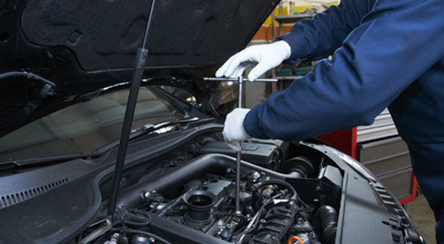 Pit stop motor repairs car body repairers in rotherhithe for Motor vehicle body repair