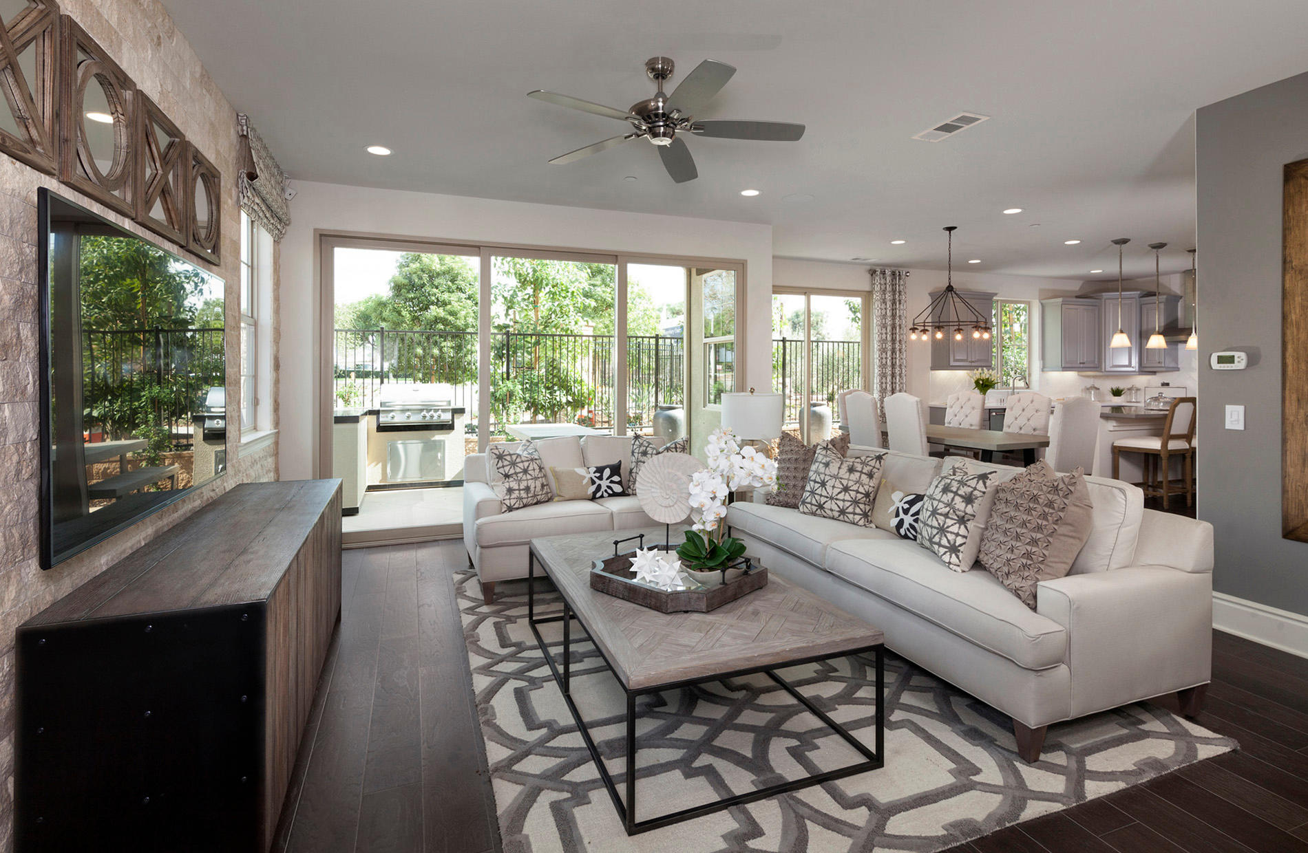 Canterbury Court by Pulte Homes image 7