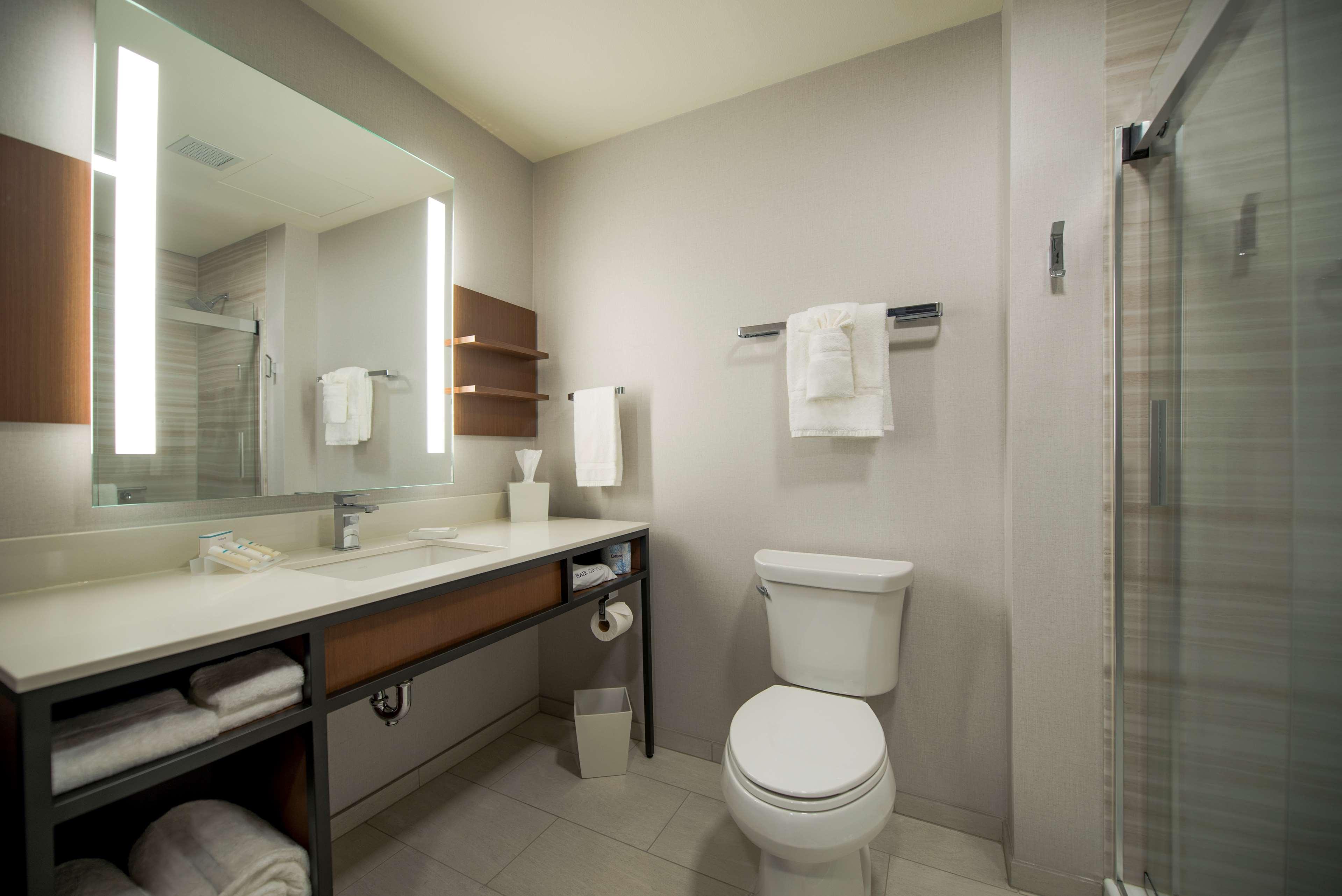 Hilton Garden Inn Wausau image 17