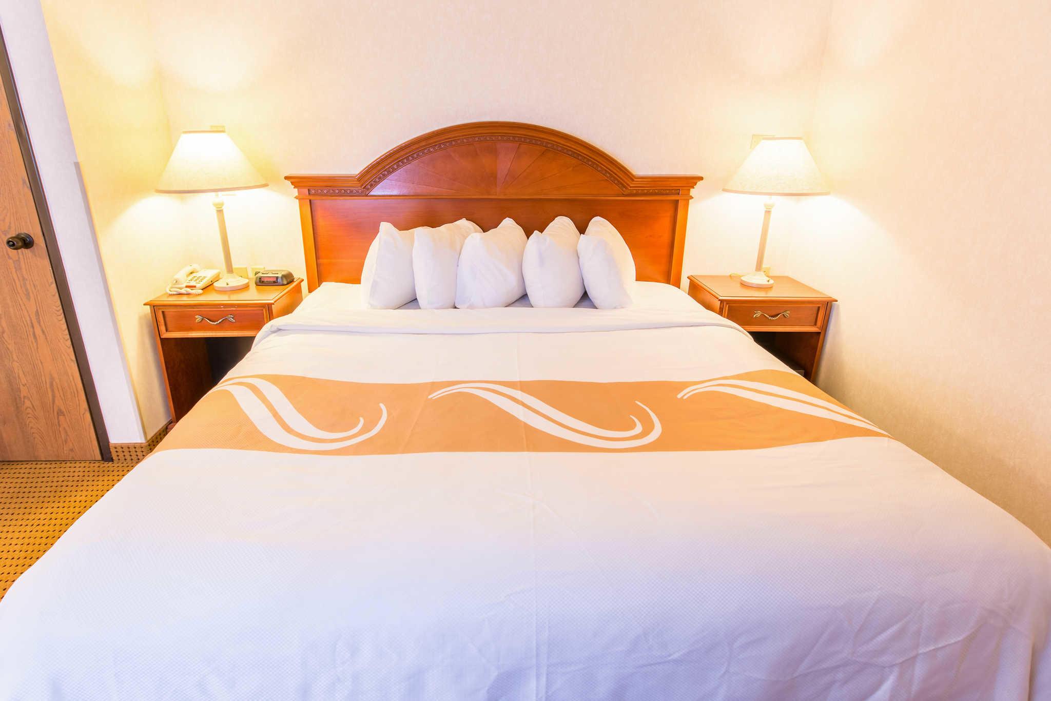 Quality Inn & Suites University image 17