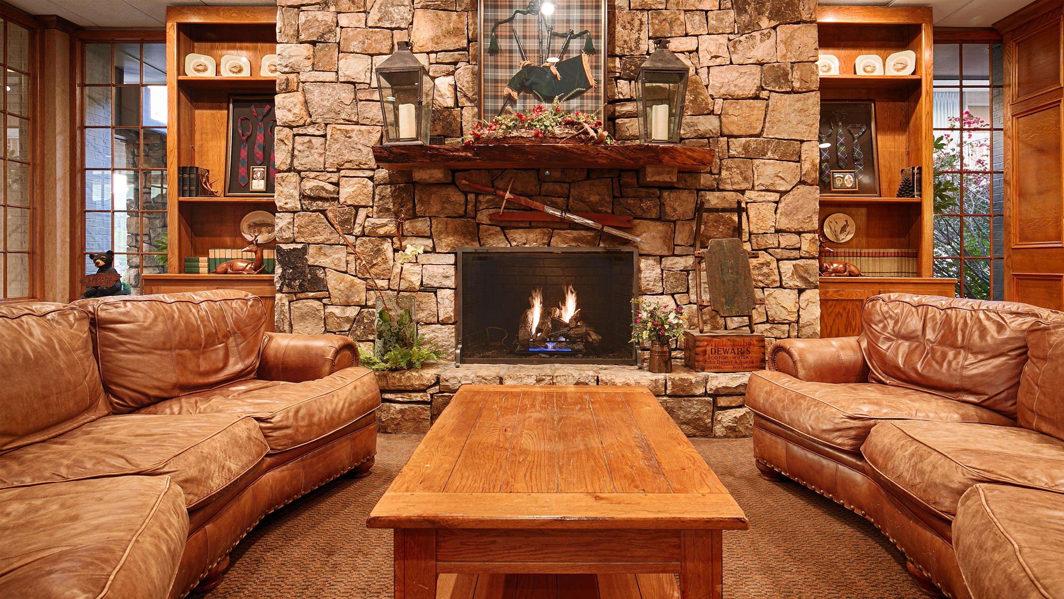 Best Western Mountain Lodge at Banner Elk image 10