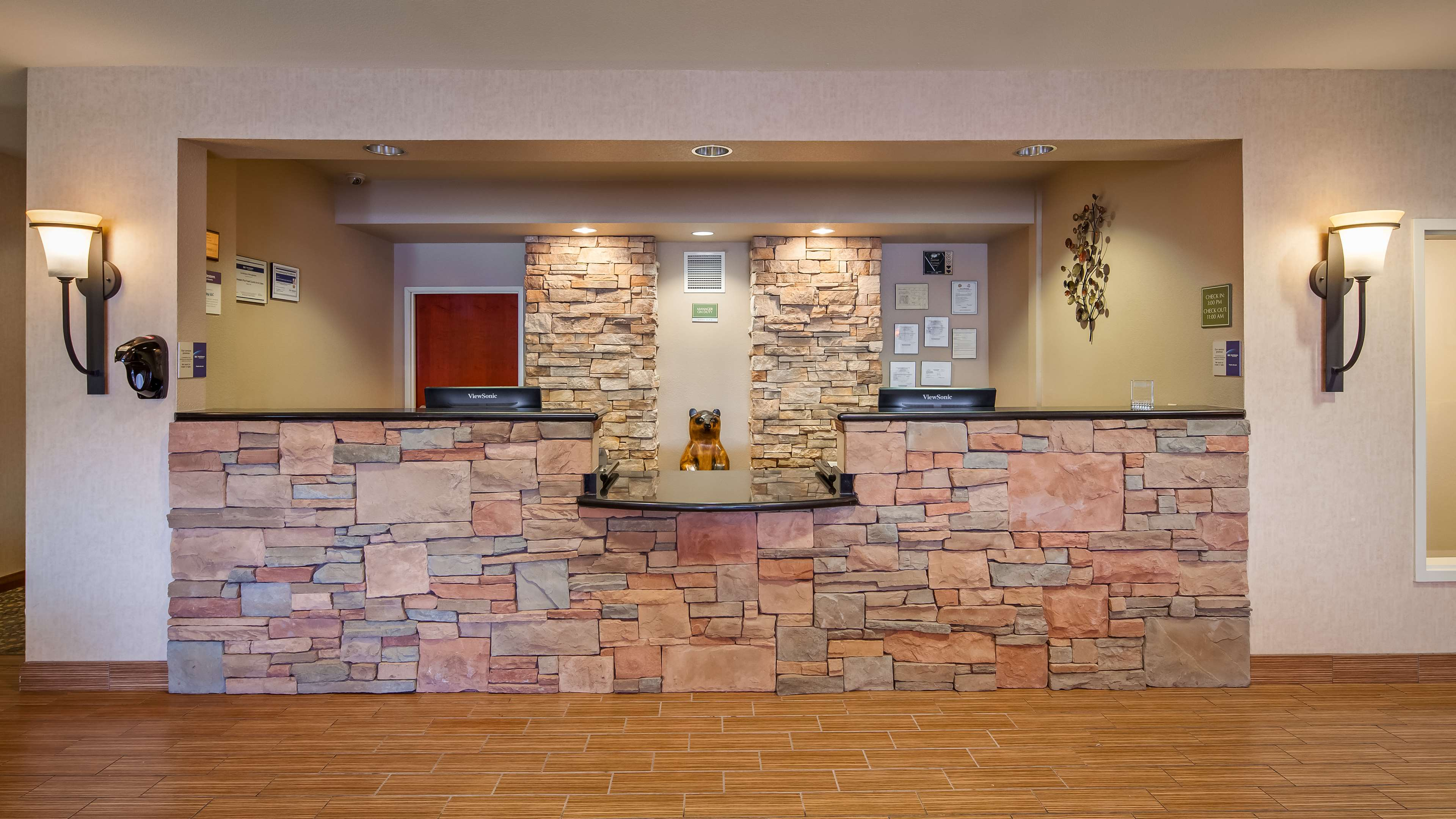 Best Western Plus Fossil Country Inn & Suites image 4