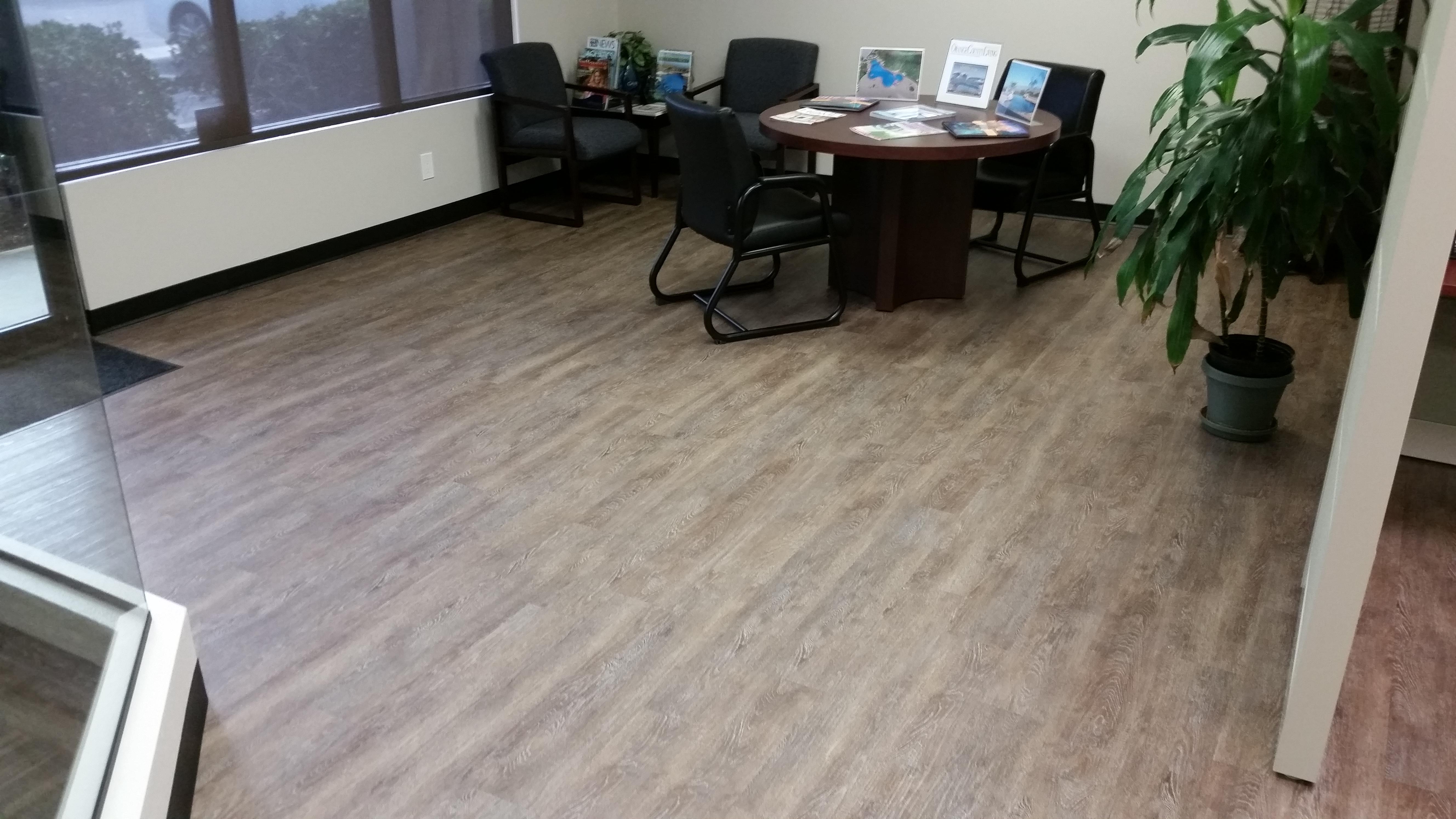 Wally's Carpet & Tile image 0